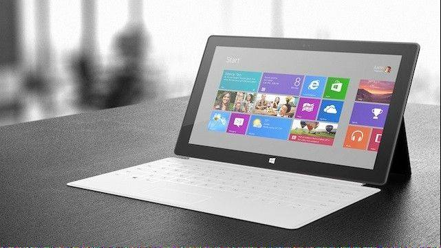 Microsoft Corp.'s first self-made tablet, the Surface, costs about $267 in parts and labor when excluding its optional keyboard cover.