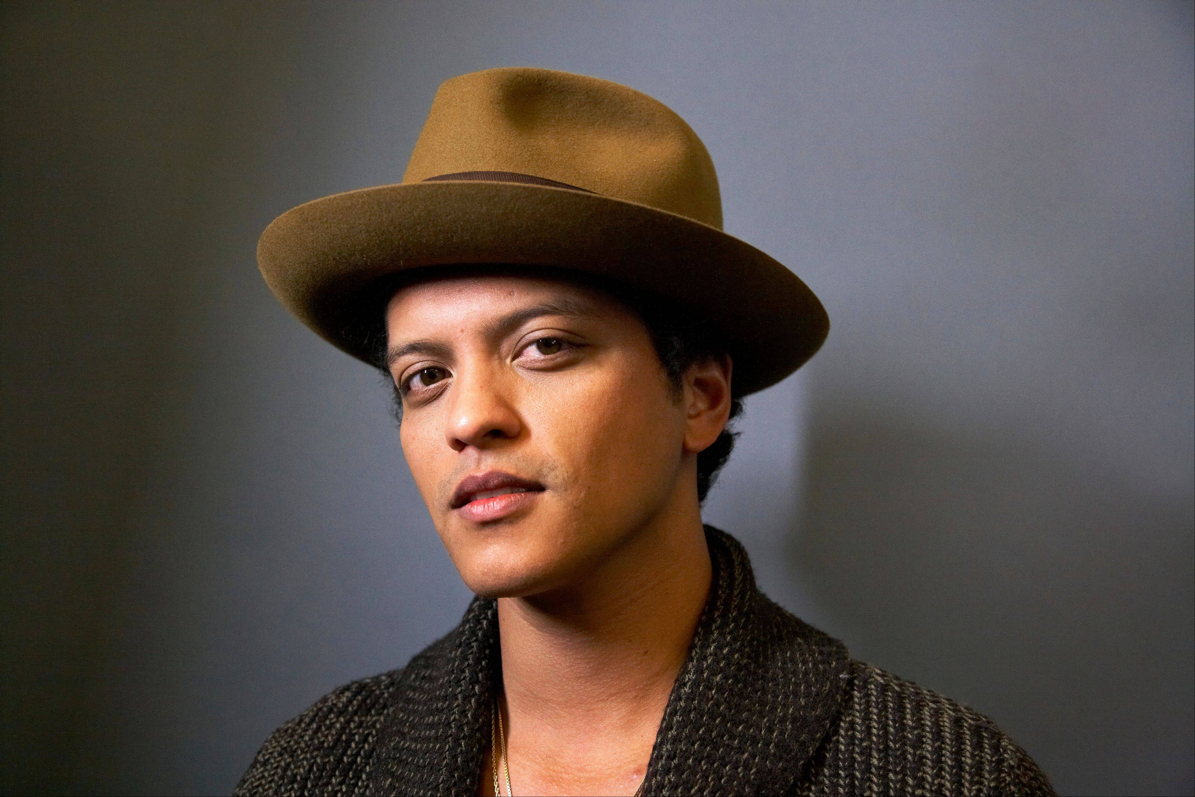 "American singer-songwriter and record producer Bruno Mars says his recent appearance on ""Saturday Night Live"" was so much fun he'd be happy to do it again."