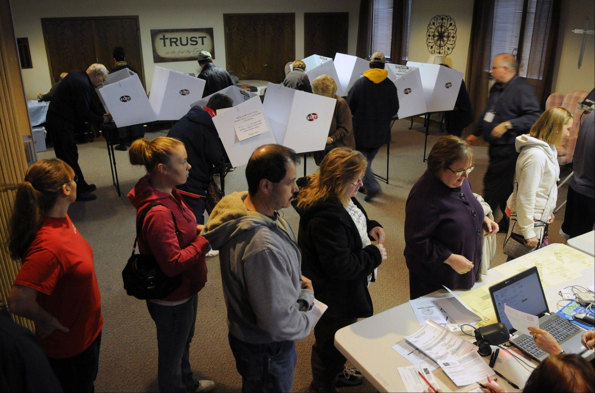 Voters pack the polling place at First Christian Church, 1826 16th Street in Moline, Ill. on Tuesday Nov. 6, 2012.