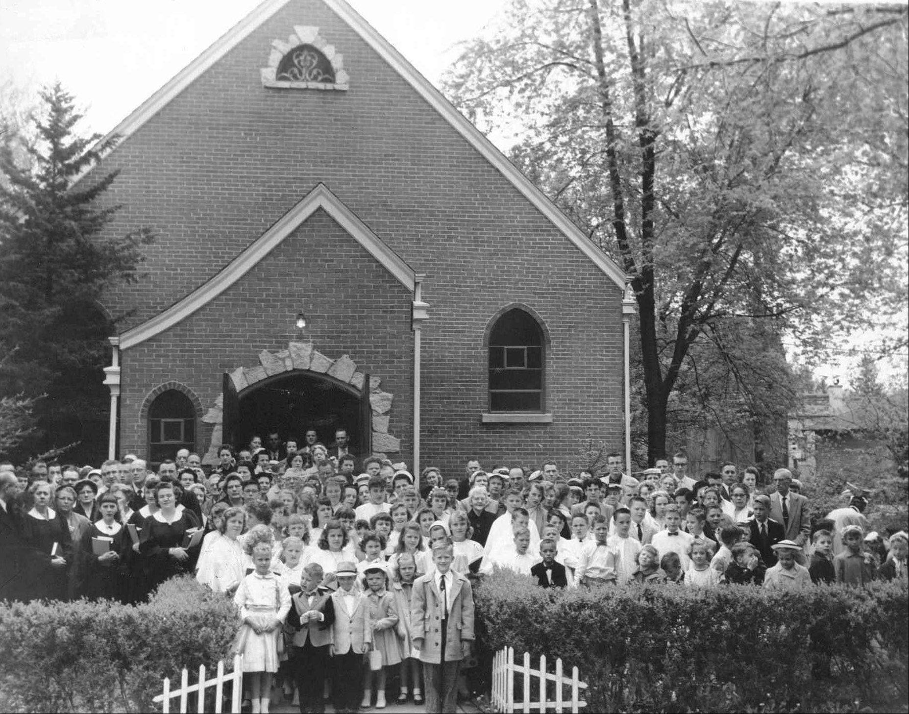 Community Church in Round Lake circa 1967.