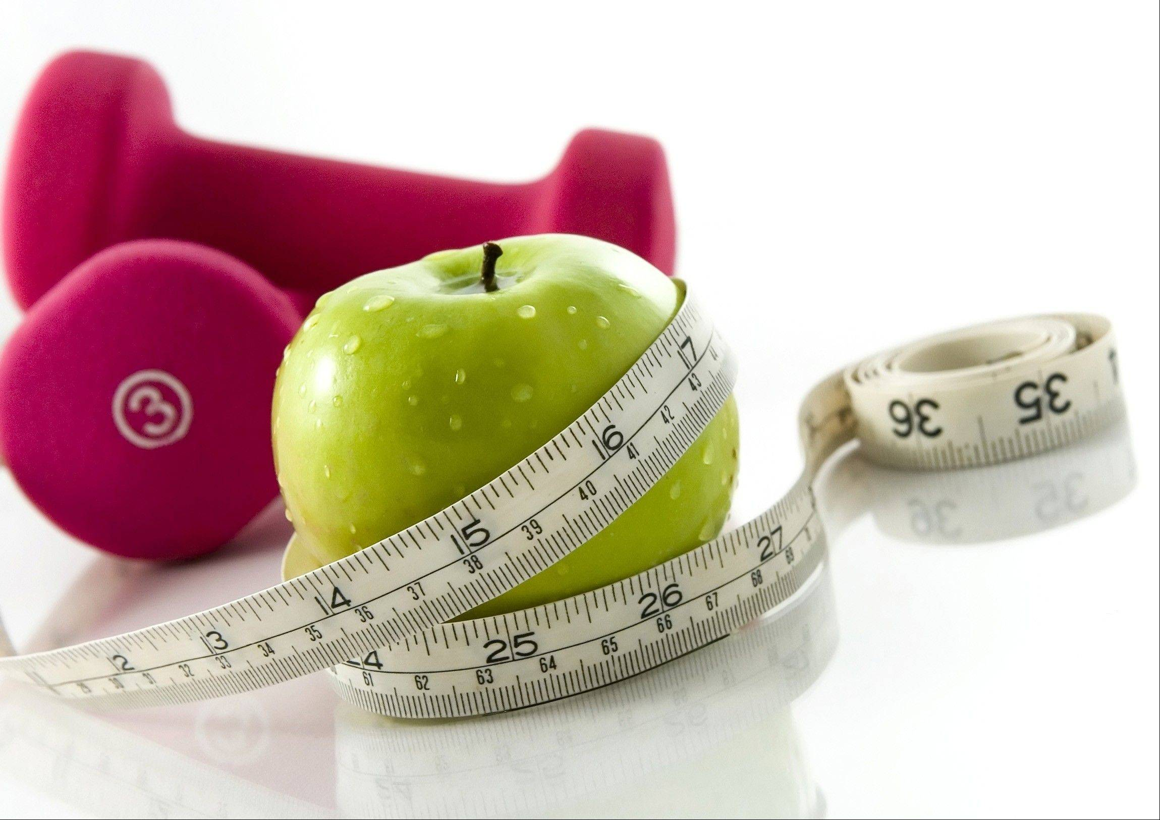 Eating fruit and exercising every day are part of the plan for effective weight loss.