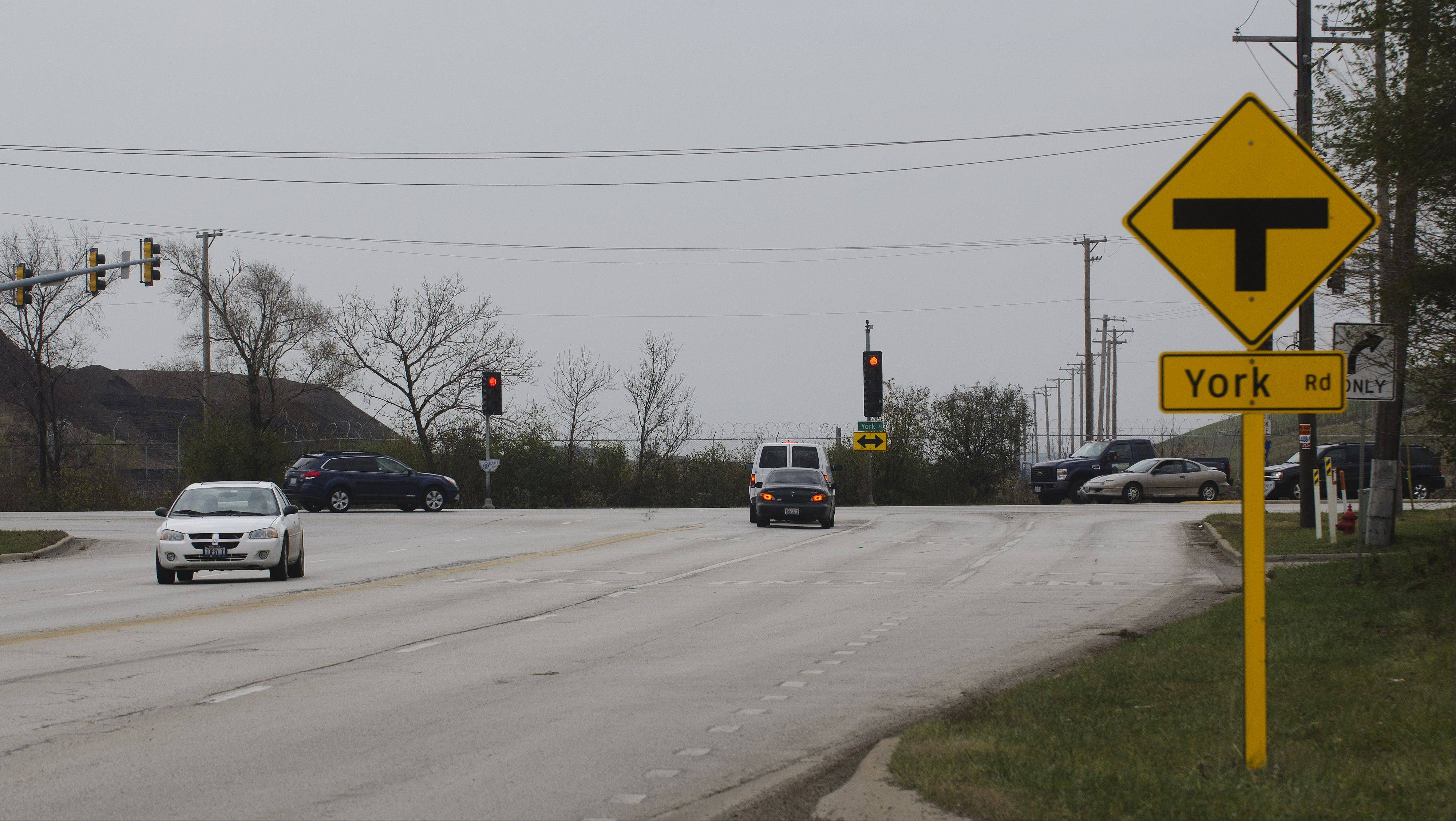 "Thorndale Avenue will be the future extension of the Elgin-O'Hare Expressway. Now it ends at a ""T"" intersection with York Road at the western edge of O'Hare International Airport."