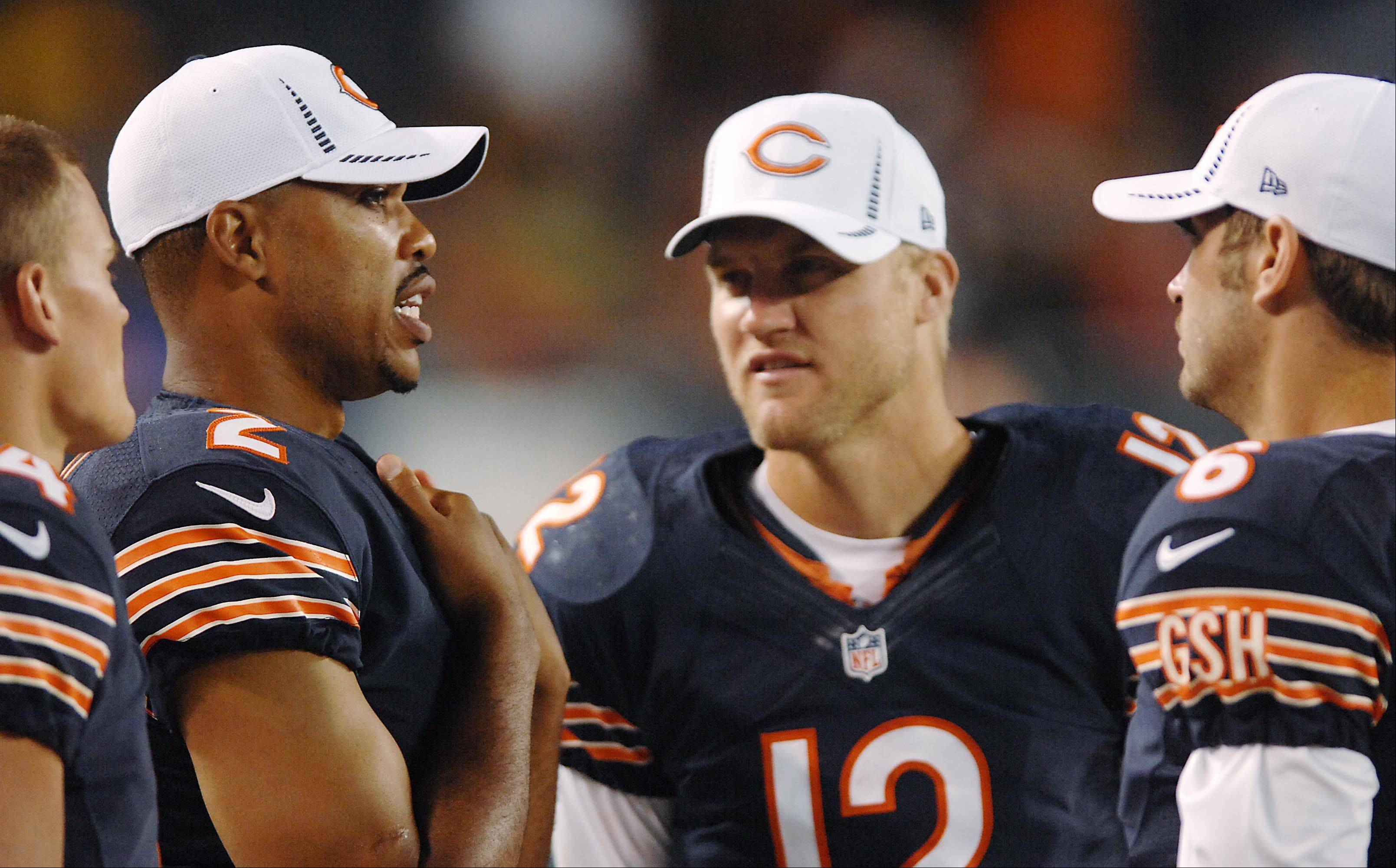 Bears decide to bring back QB McCown