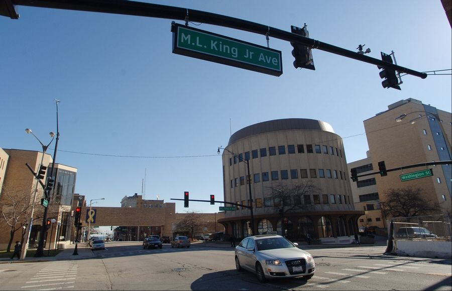 A planned multimillion-dollar expansion of Lake County´s main courthouse could trigger an economic and employment boom in downtown Waukegan, according to its proponents. The centerpiece of the project would be a new nine-story tower.