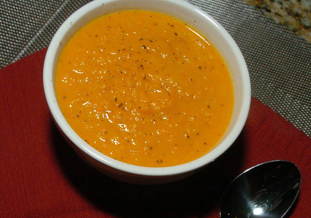 Coconut milk tames the curry powder and ginger in France Cevallos's Creamy Autumn Carrot Soup.