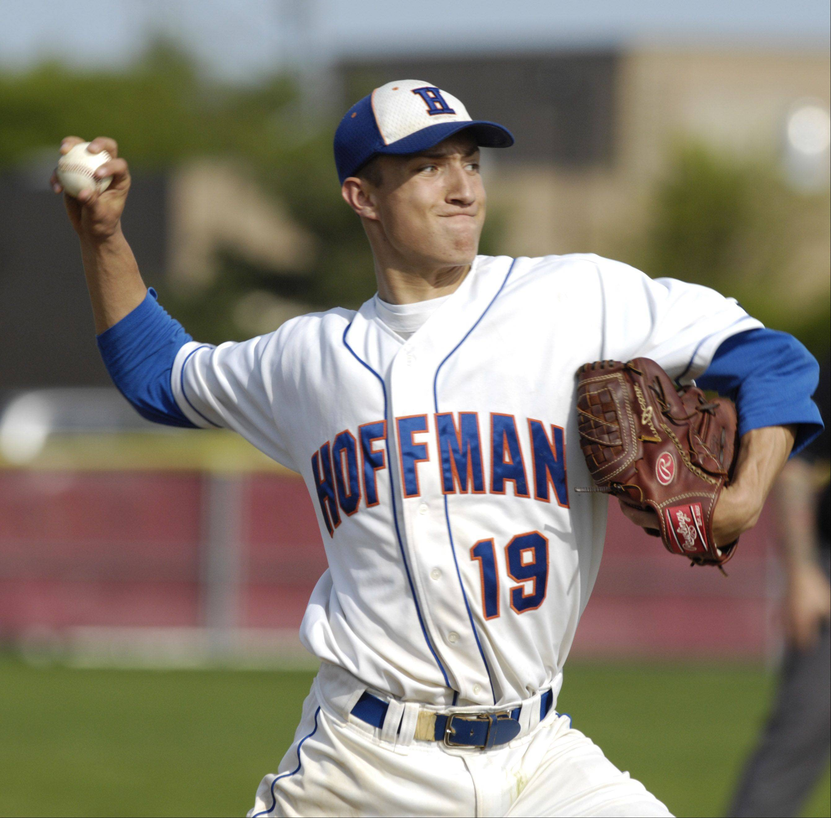 Hoffman Estates pitcher Jimmy Ward will extend his baseball career at Evansville next school year.