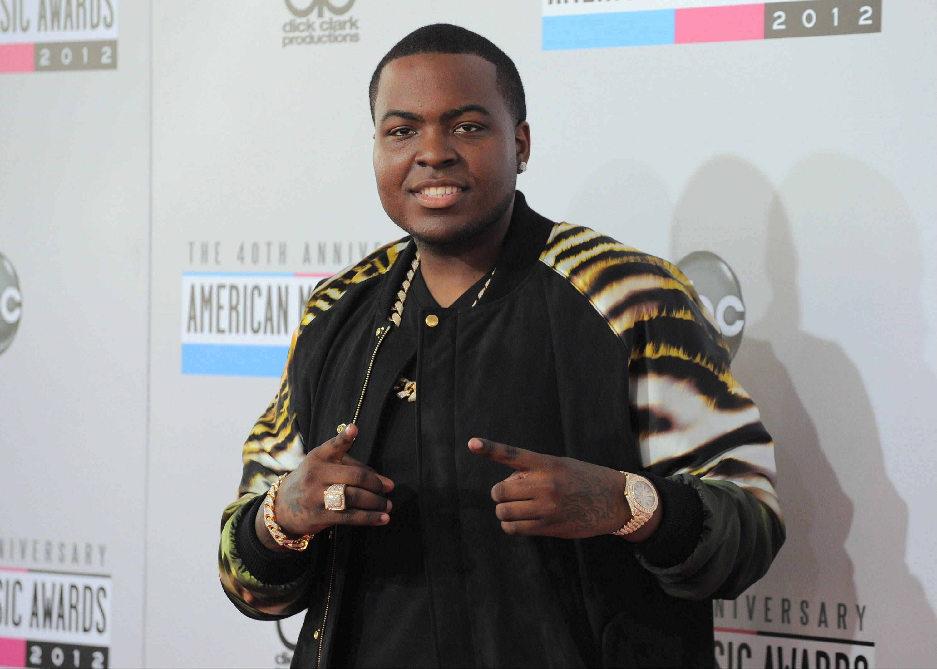 Sean Kingston arrives at the 40th Anniversary American Music Awards on Sunday Nov. 18, 2012, in Los Angeles.