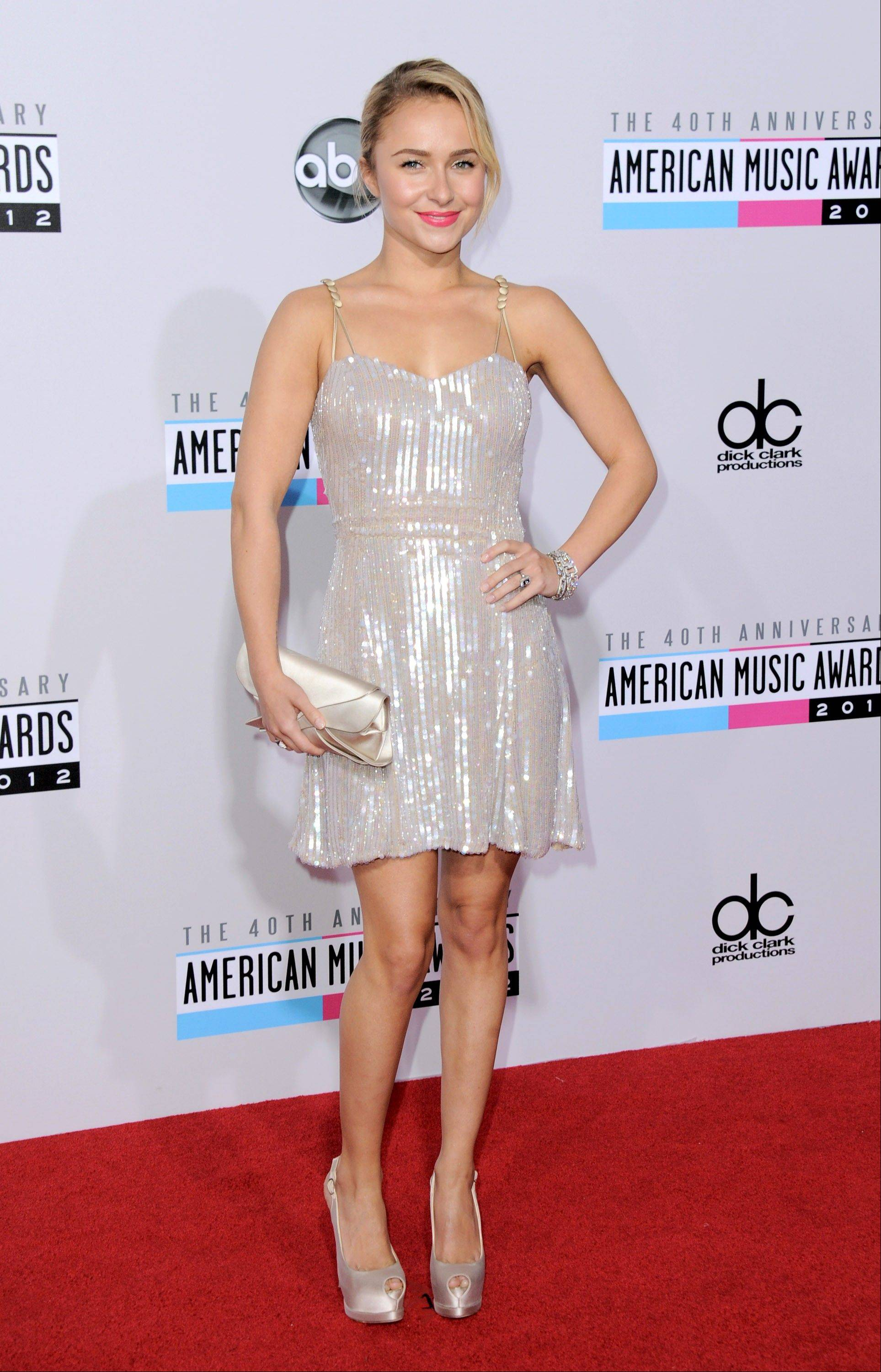 """Nashville"" actress Hayden Panettiere arrives at the 40th Anniversary American Music Awards on Sunday, Nov. 18, 2012, in Los Angeles."