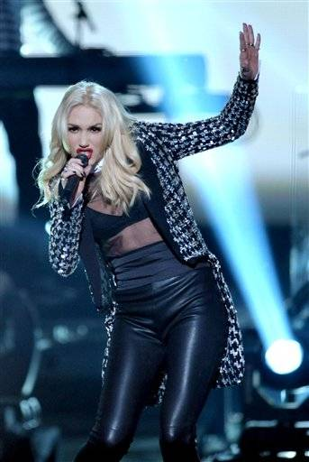 Gwen Stefani performs with her band No Doubt during the AMAs on Sunday night.
