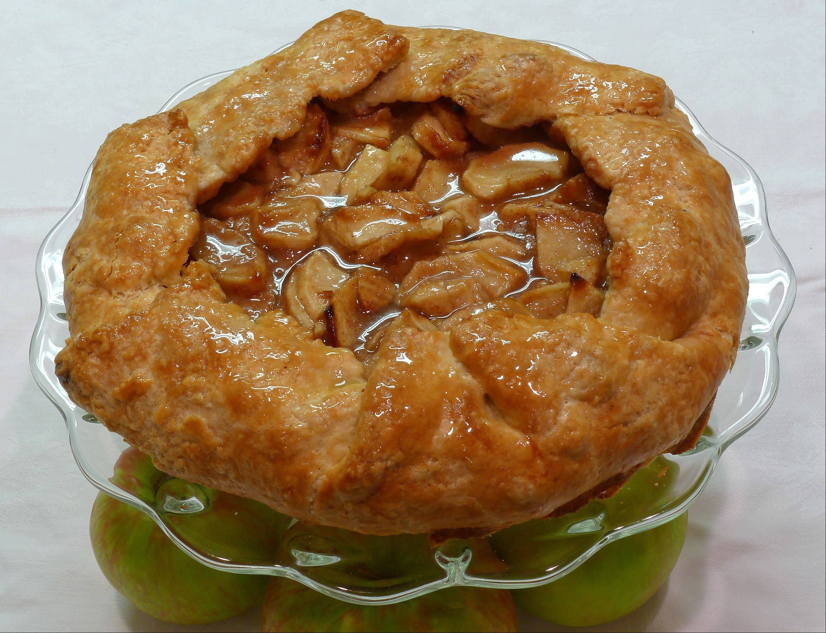Annie Overboe�s Apple Galette comes together quickly and bakes into a beautiful dessert to cap the Thanksgiving feast.