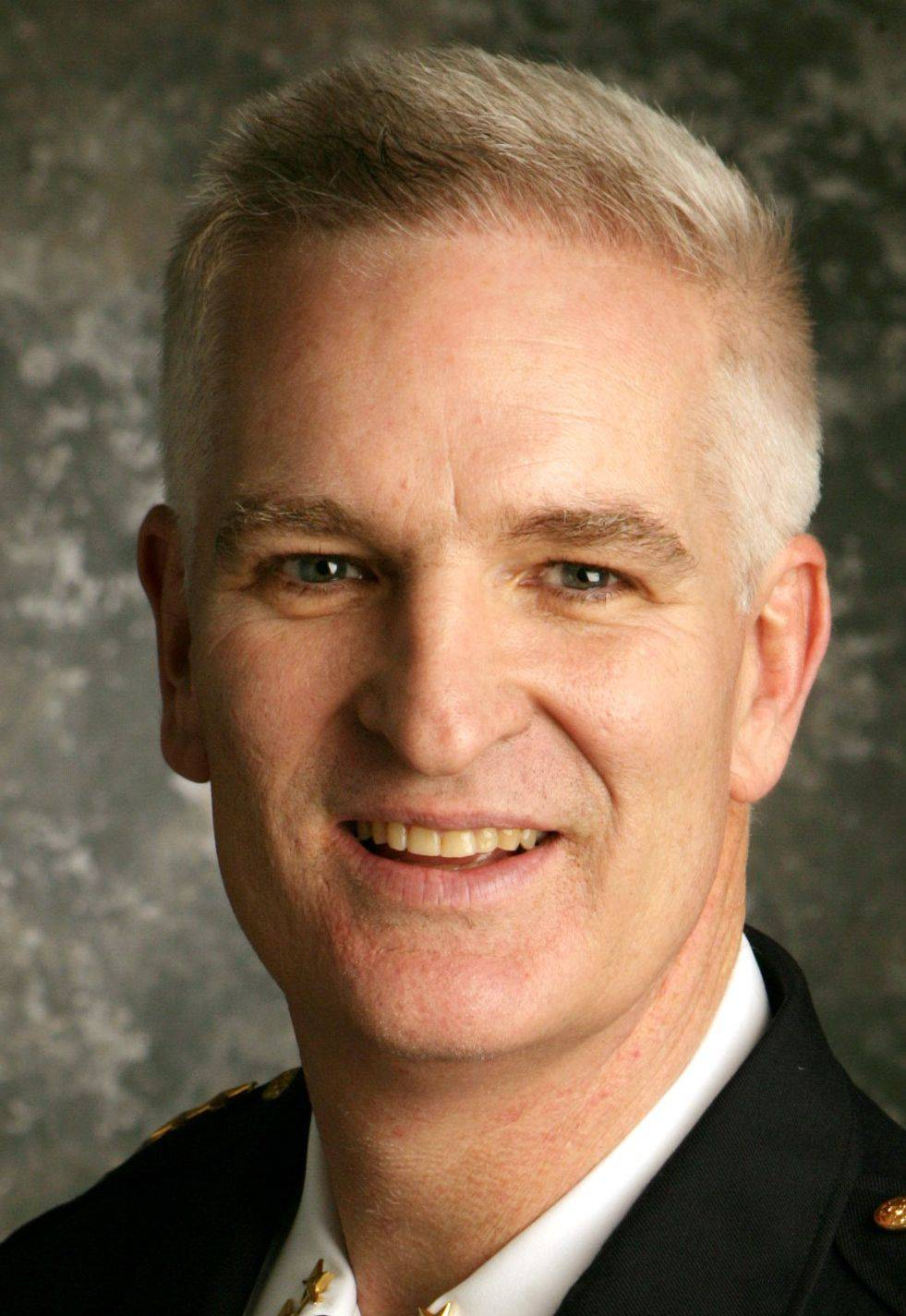 Lake County Sheriff Mark Curran is backing proposed legislation that would allow illegal immigrants to get driver's licenses, saying it's an economic imperative for our financially struggling state.
