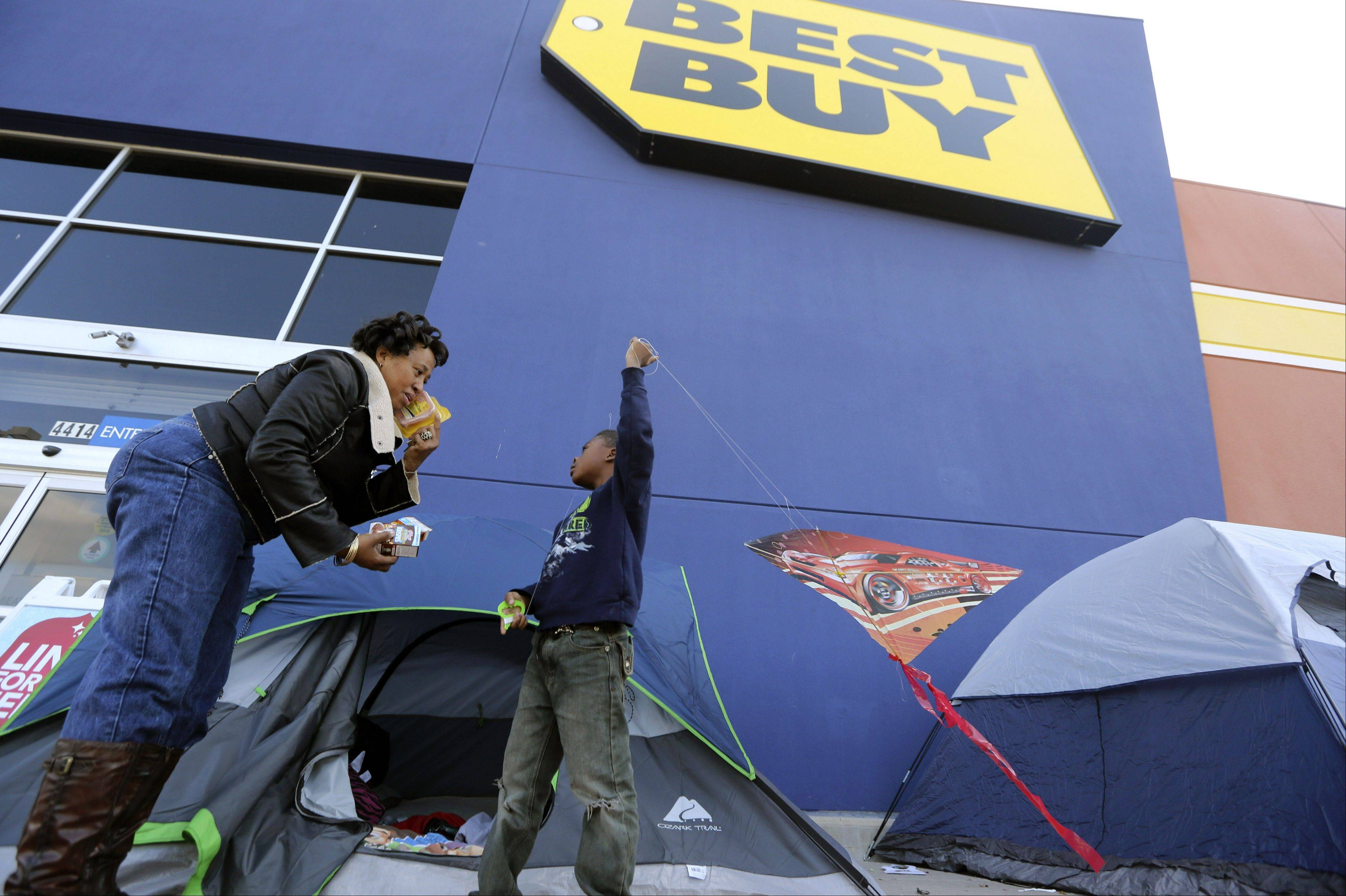 Best Buy Co. reported another dismal quarter on Tuesday, Nov. 20, 2012, recording a loss in the third quarter, hurt by a continued sales slump and charges related to restructuring.