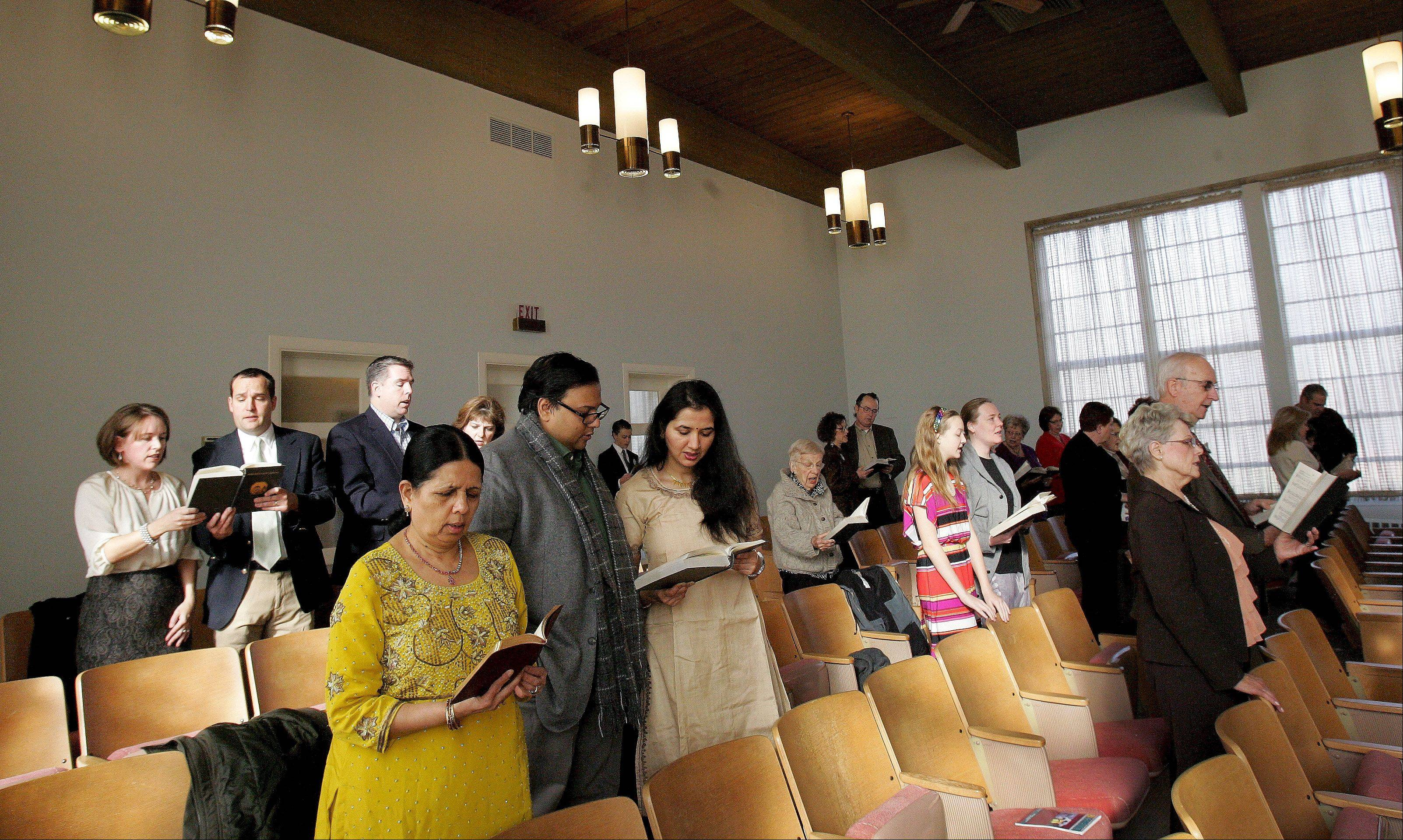 Parishoners take part in a Thanksgiving Day service at First Church of Christ Scientist in Glen Ellyn.