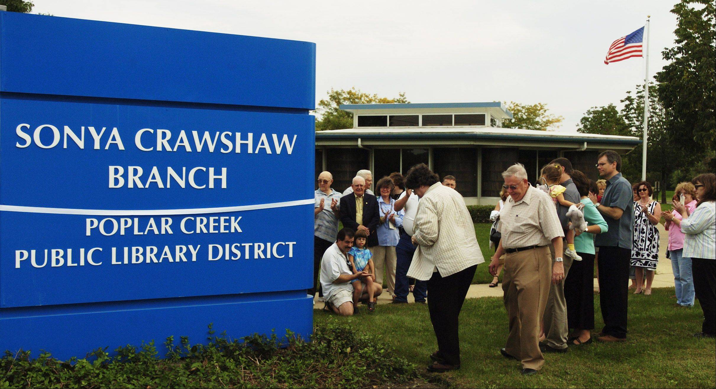 A ribbon-cutting was held in 2006 at the Poplar Creek branch library when it was renamed to honor former Hanover Park Village President Sonya Crawshaw.