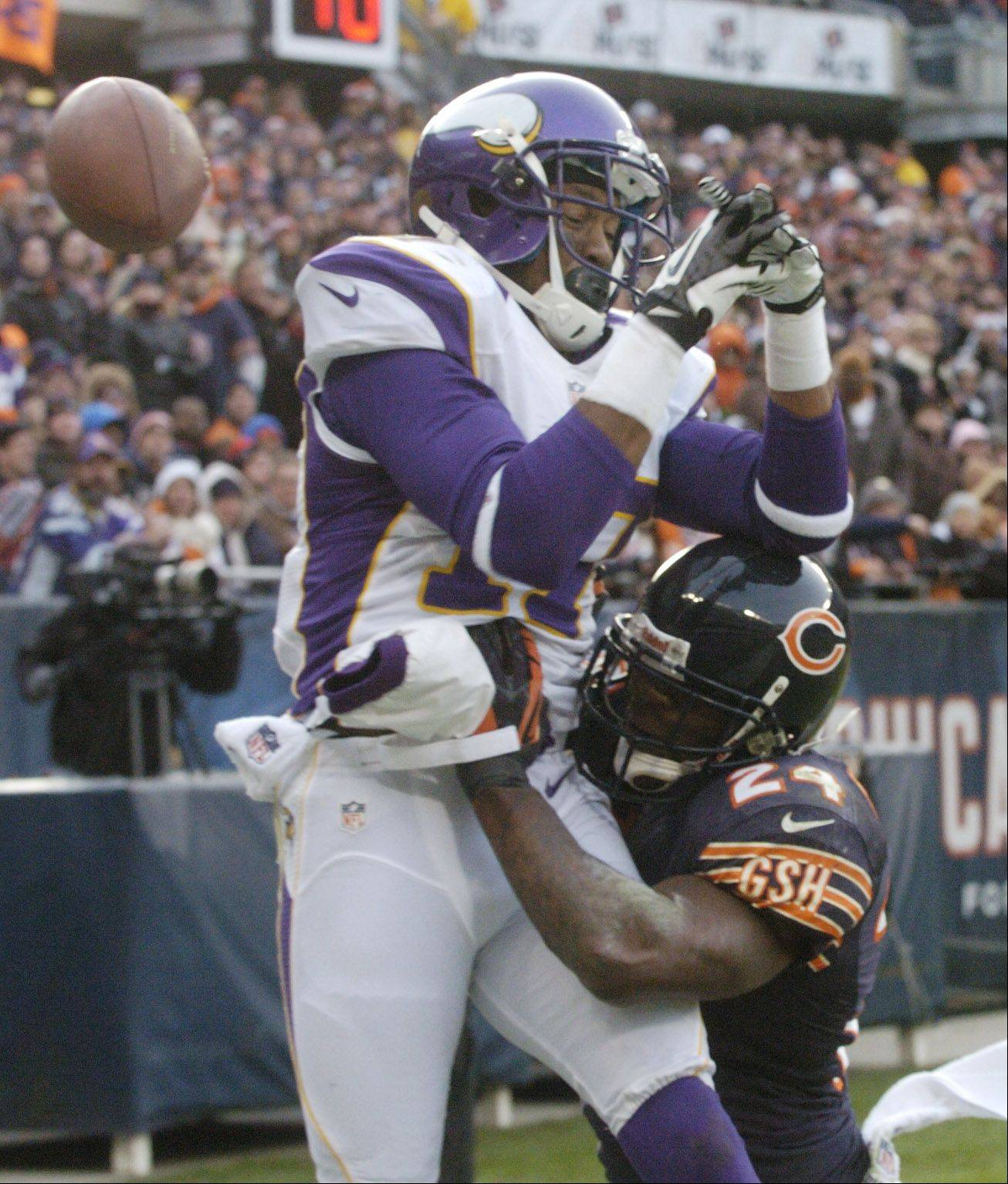 Chicago Bears cornerback Kelvin Hayden saves a touchdown with a defensive play on Minnesota Vikings wide receiver Jarius Wright during the fourth quarter at Soldier Field Sunday.