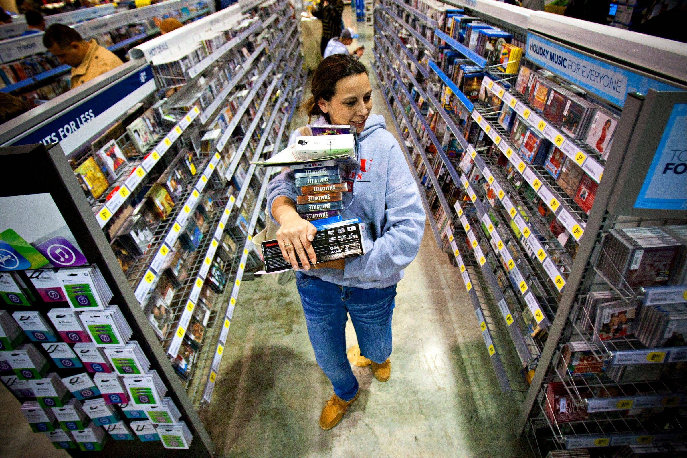FILTonya Thomas, of Russellville, Ky., makes her way through the aisles at Best Buy in Bowling Green, Ky.