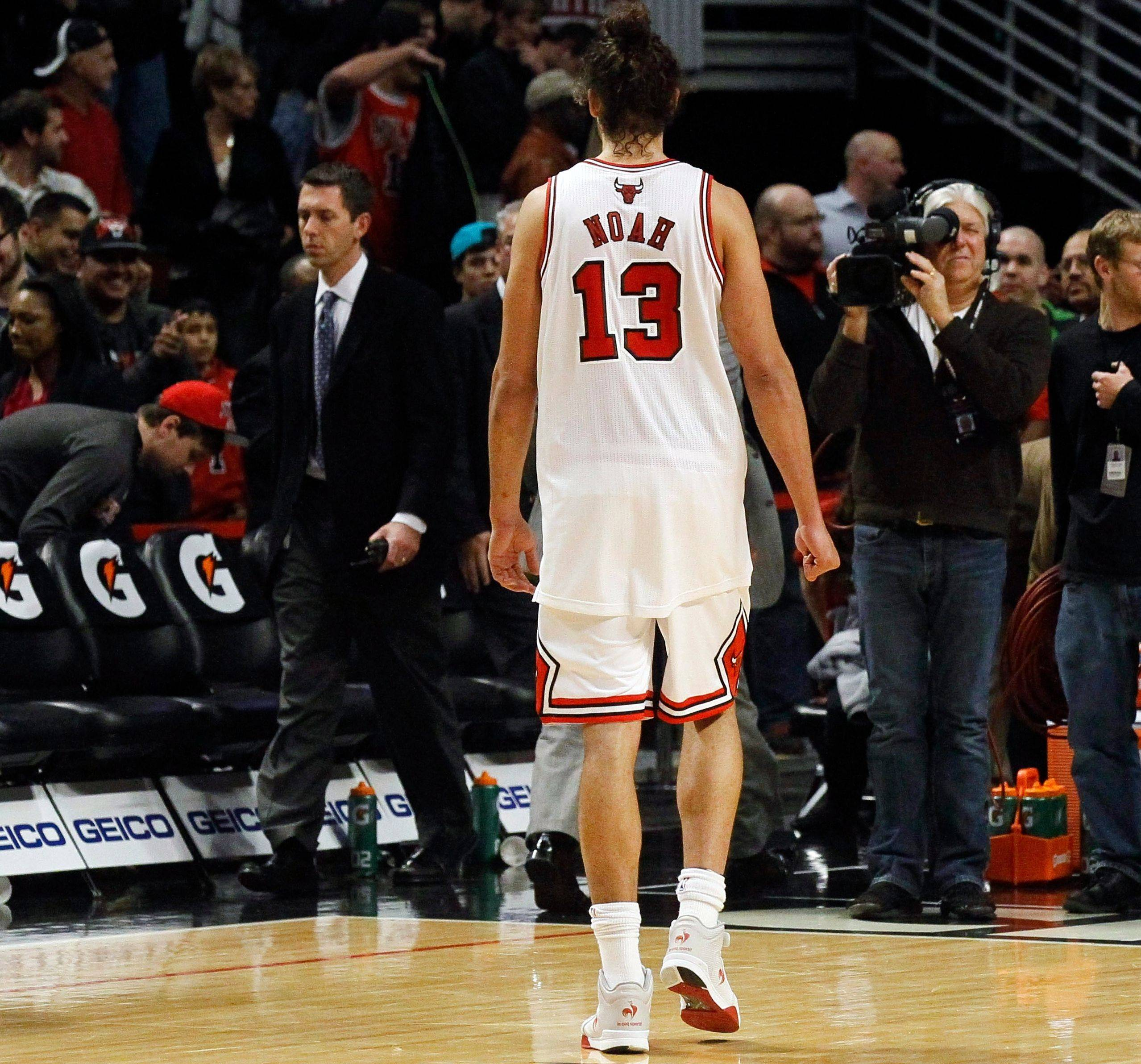 Bulls center Joakim Noah walks off the court after a 93-92 loss to Milwaukee on Monday.