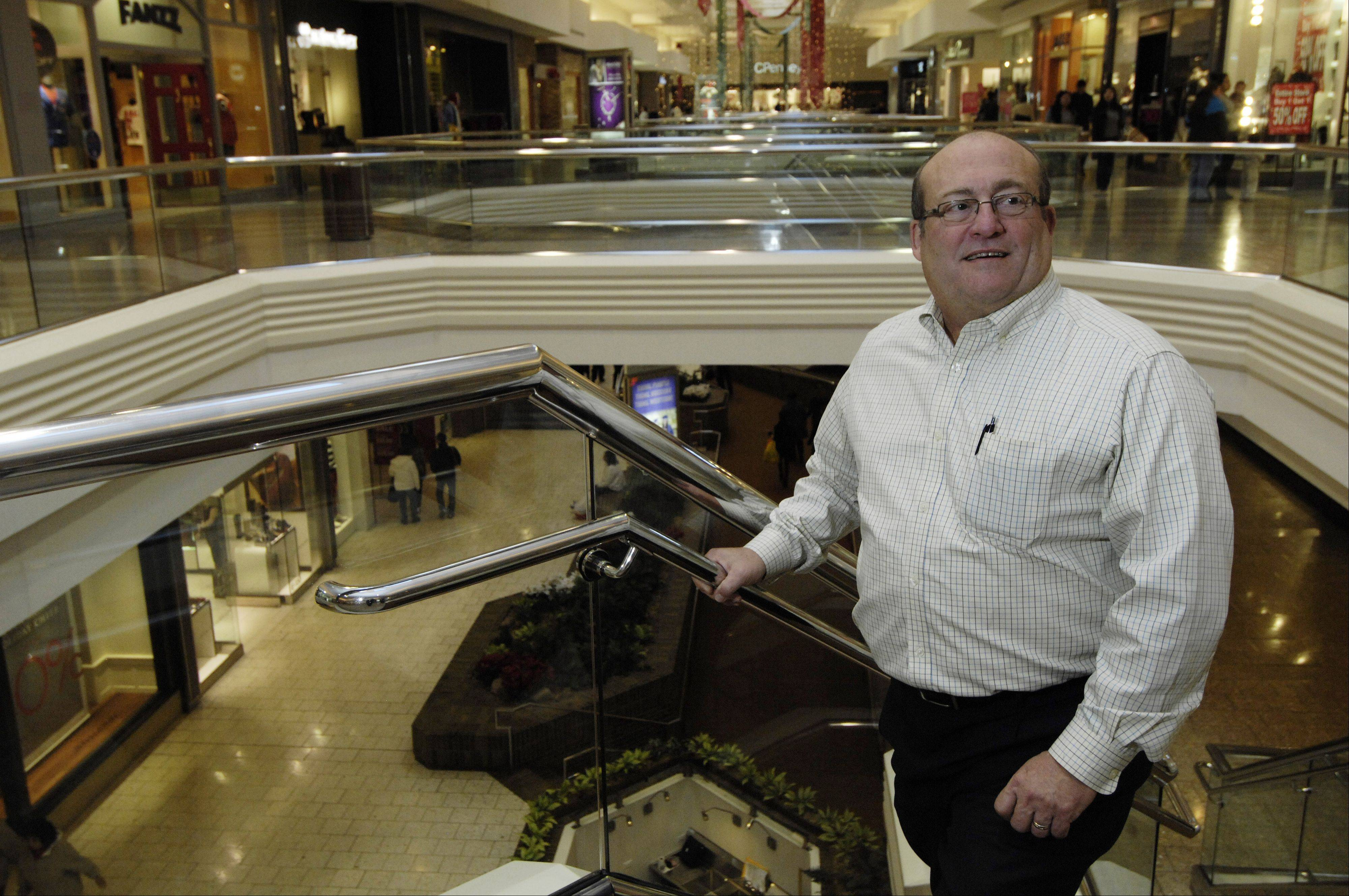 After 12 holiday shopping seasons as general manager of Woodfield Mall in Schaumburg, Marc Strich will be transferring in January to another Taubman Co. mall in Palm Beach, Fla. His move is a result of an ownership and management change at the mall.