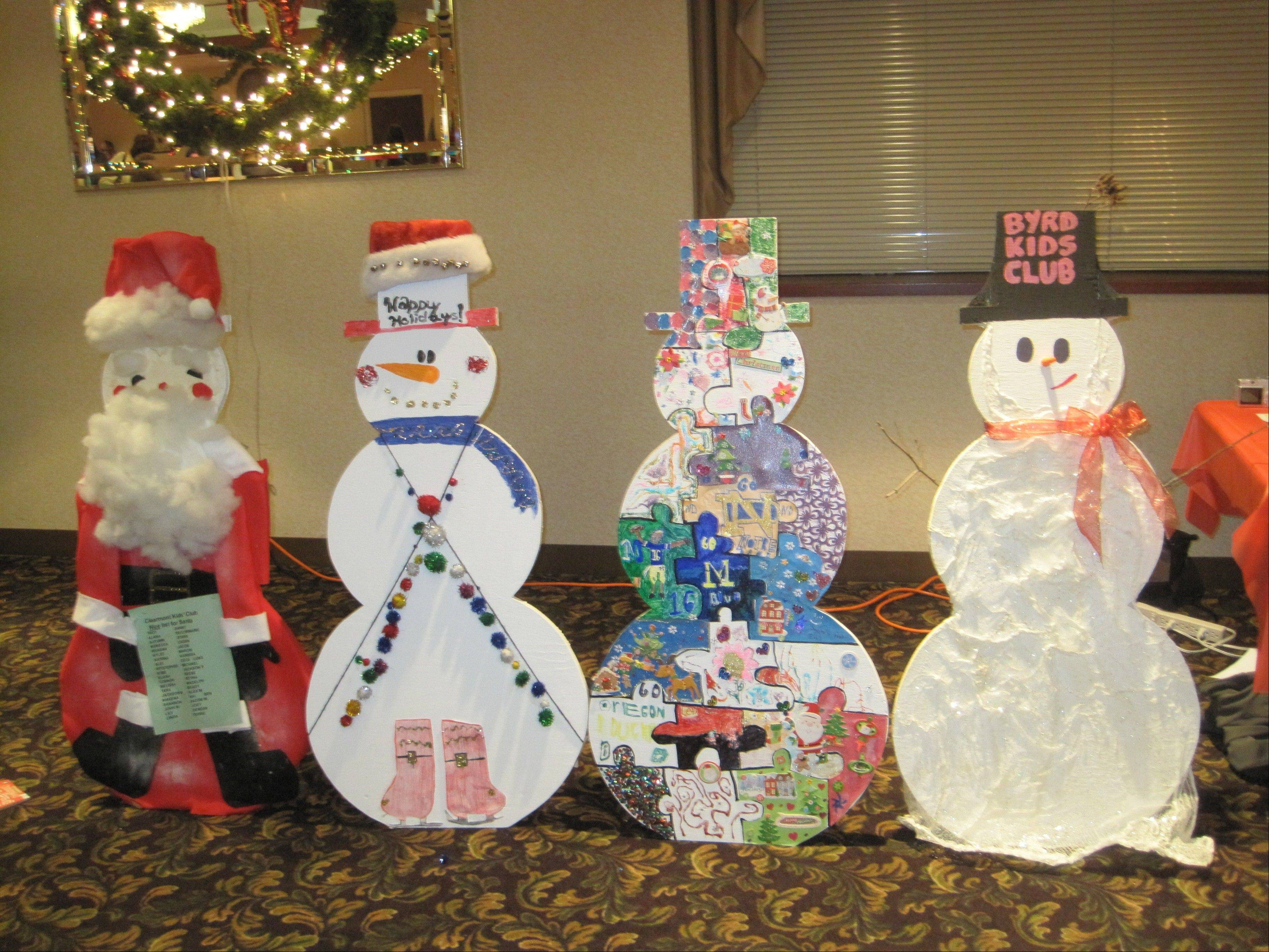 The Elk Grove Park District is constructing four-foot wooden snowmen especially for you to decorate.