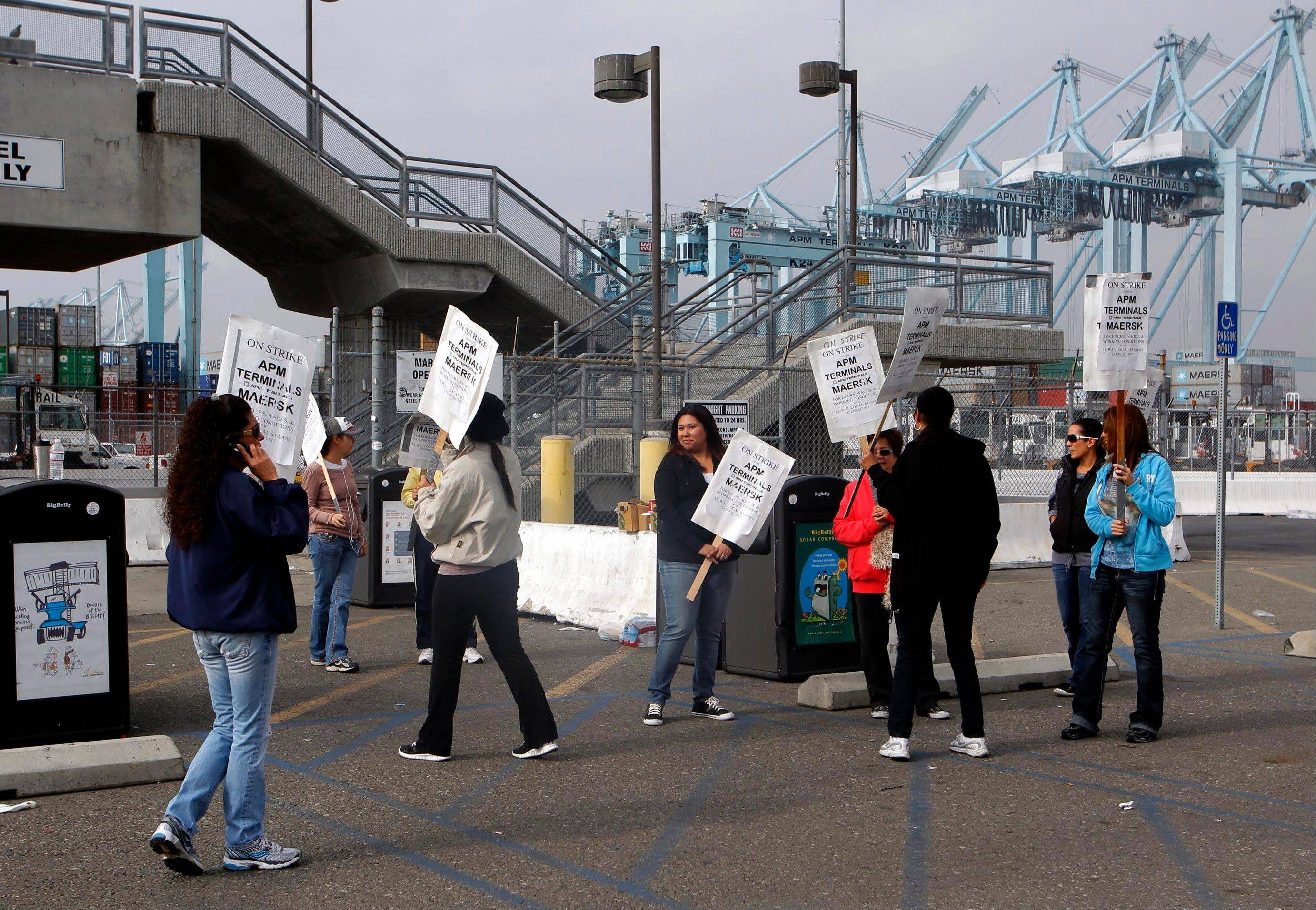 Labor talks are resuming in an effort to end a strike that shut down most of the terminals at the nation�s busiest port complex, the Los Angeles and Long Beach harbors, officials say.
