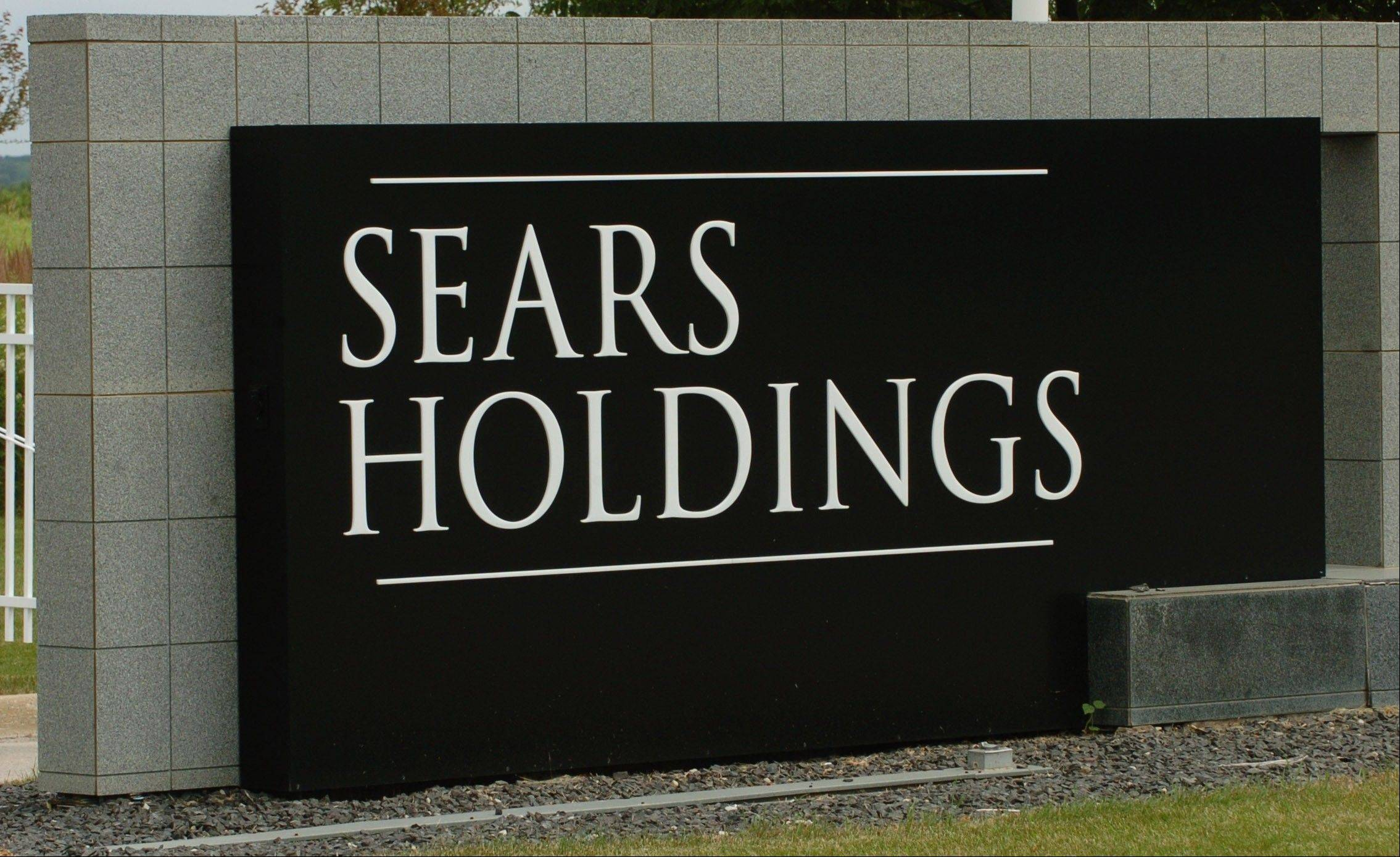 Sears Hometown and Outlet Stores� fiscal third-quarter net income rose 29 percent as sales of appliances, mattresses and clothing climbed.