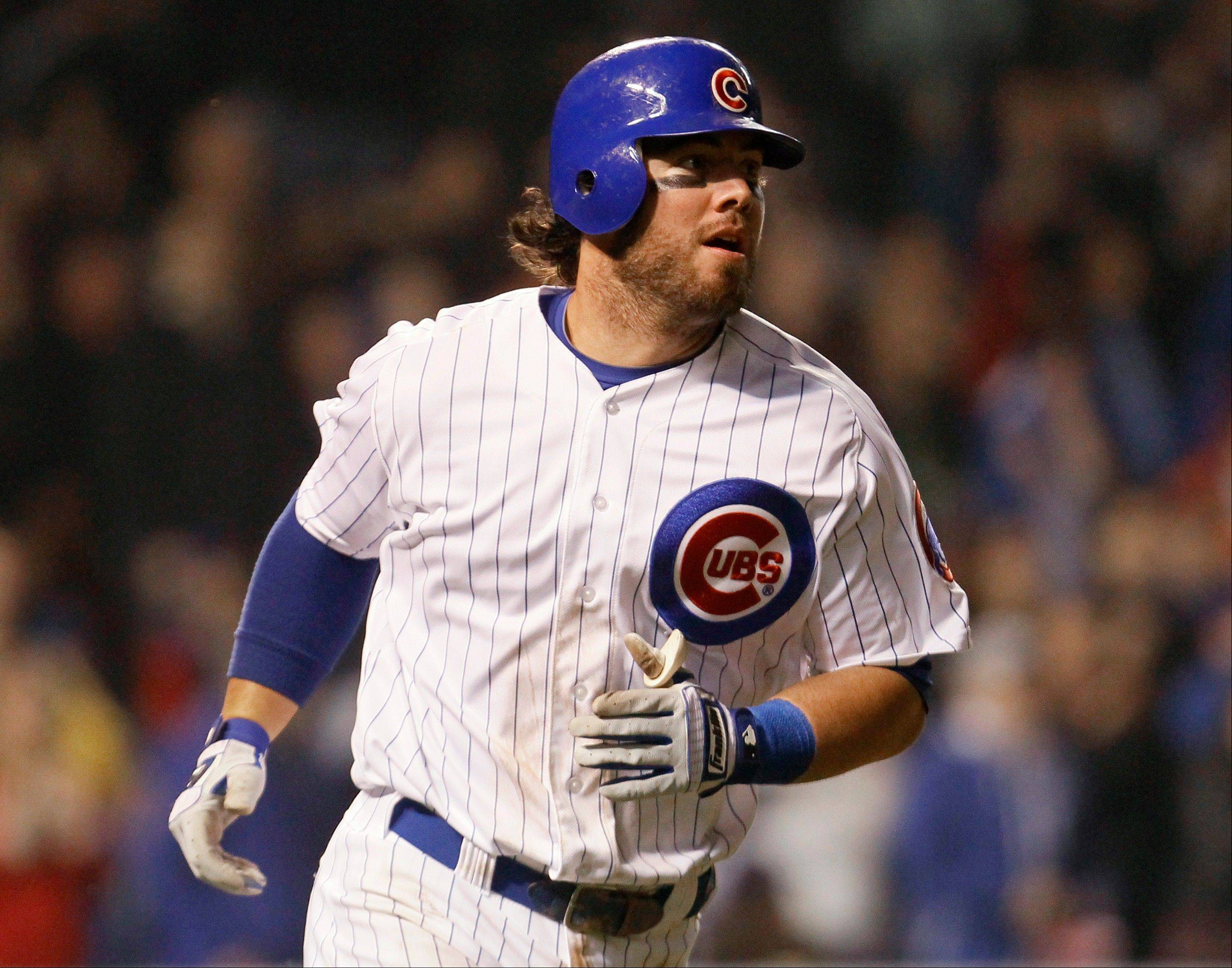 Cubs let third baseman Stewart become a free agent