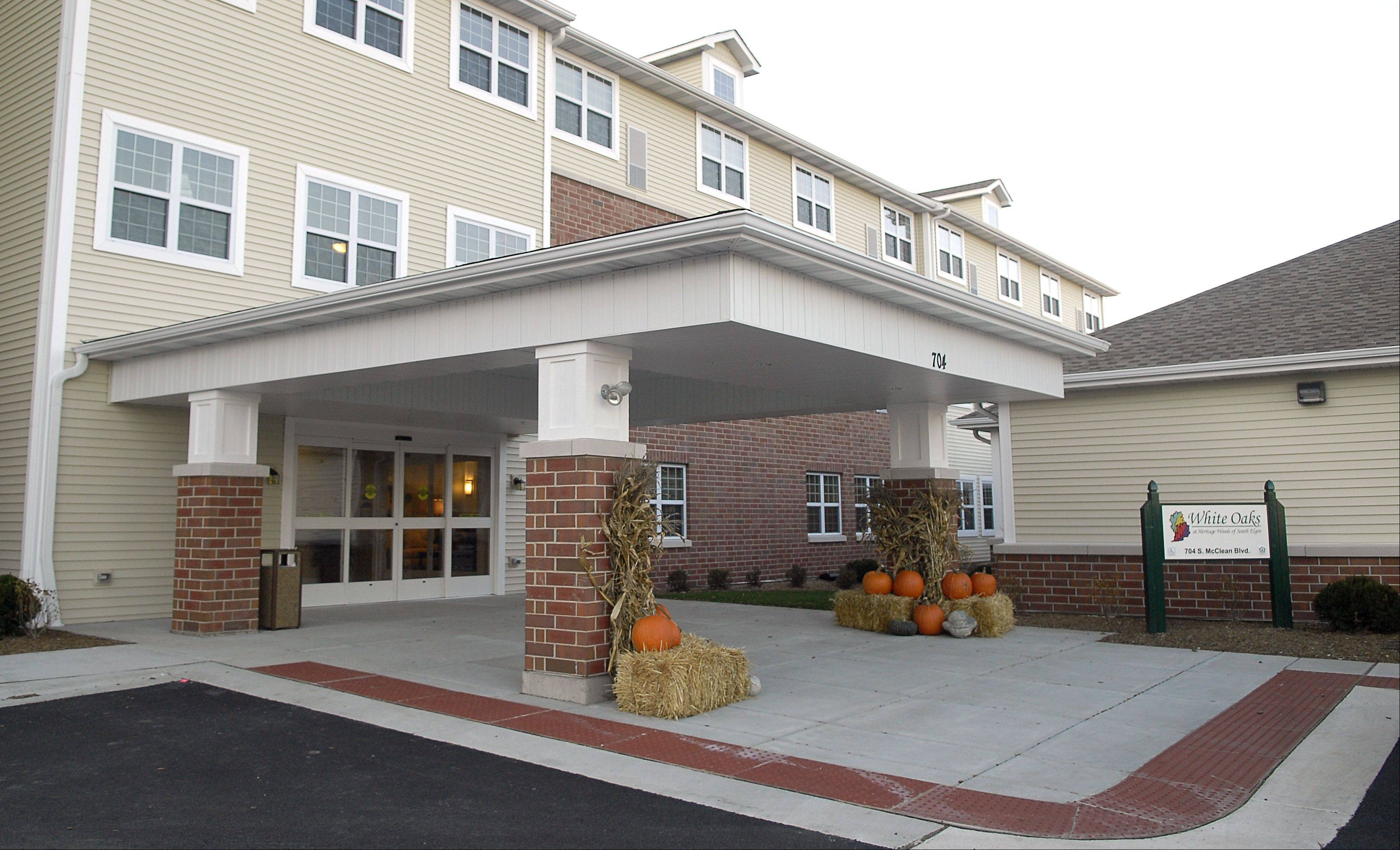 White Oaks at Heritage Woods of South Elgin offers 32 apartment homes for seniors older than 65 with Alzheimer's disease or related dementia. It's an addition to the Heritage Woods assisted-living facility that opened in 2009.