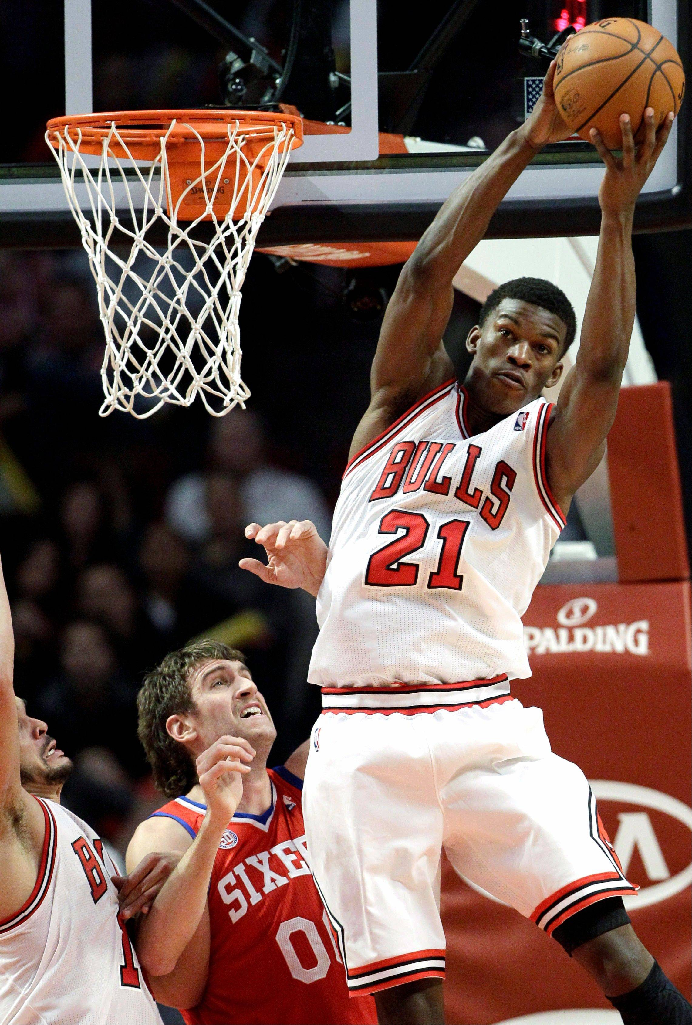 Jimmy Butler said he�s comfortable coming off the bench and giving the Bulls a spark with teammate Taj Gibson.