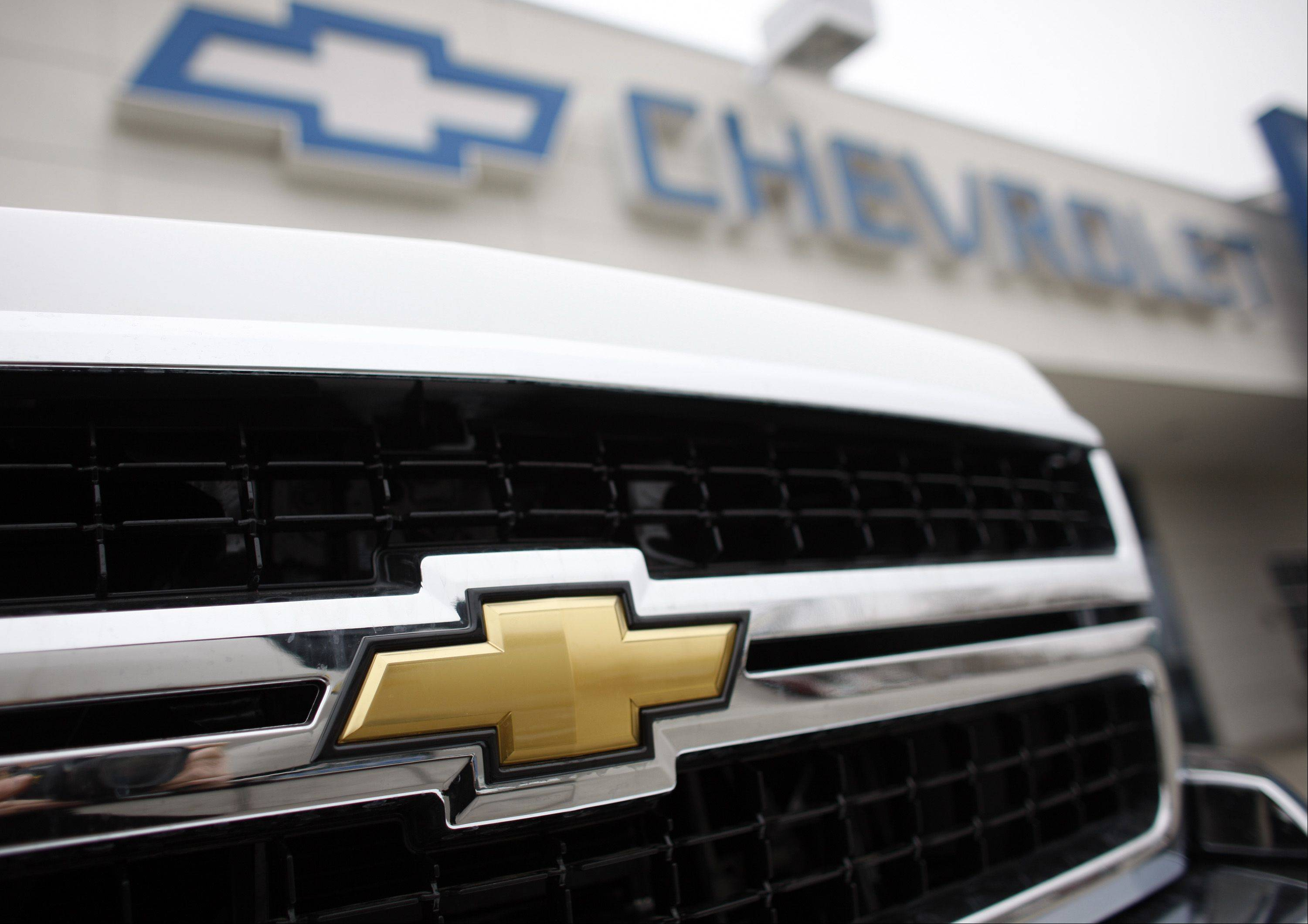 General Motors said November industrywide U.S. light-vehicle sales were the highest in almost five years, exceeding analysts' estimates while Honda Motor Co. led gains as buyers returned to showrooms after Hurricane Sandy.