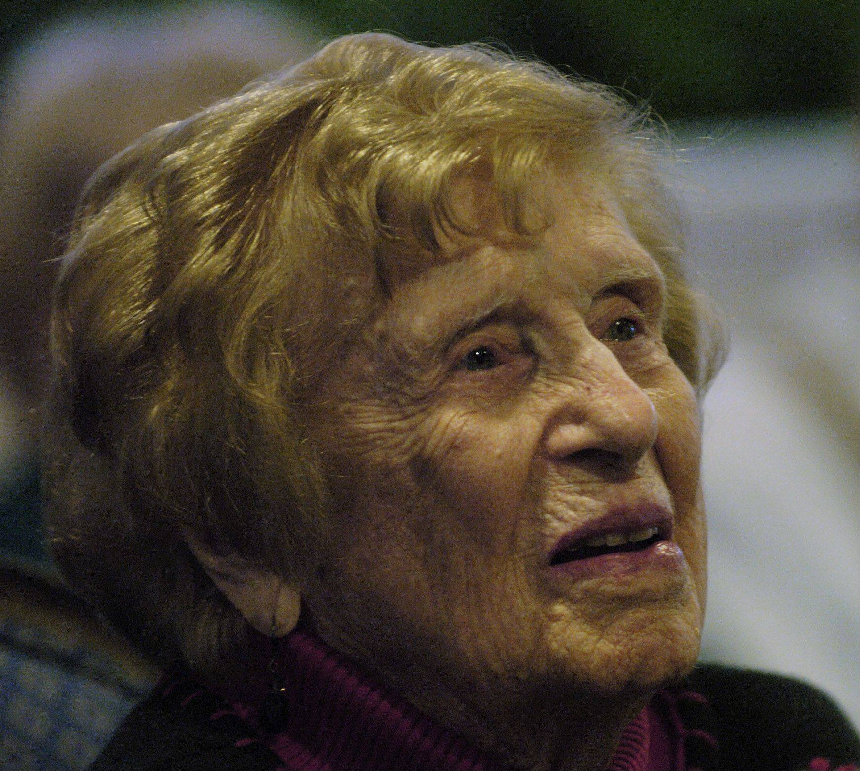 JOE LEWNARD/jlewnard@dailyherald.com Lois Arbanas of Arlington Heights celebrated her 105th birthday this weekend. A resident of The Moorings of Arlington Heights, Arbanas says the key to her longevity has been doing things in moderation.