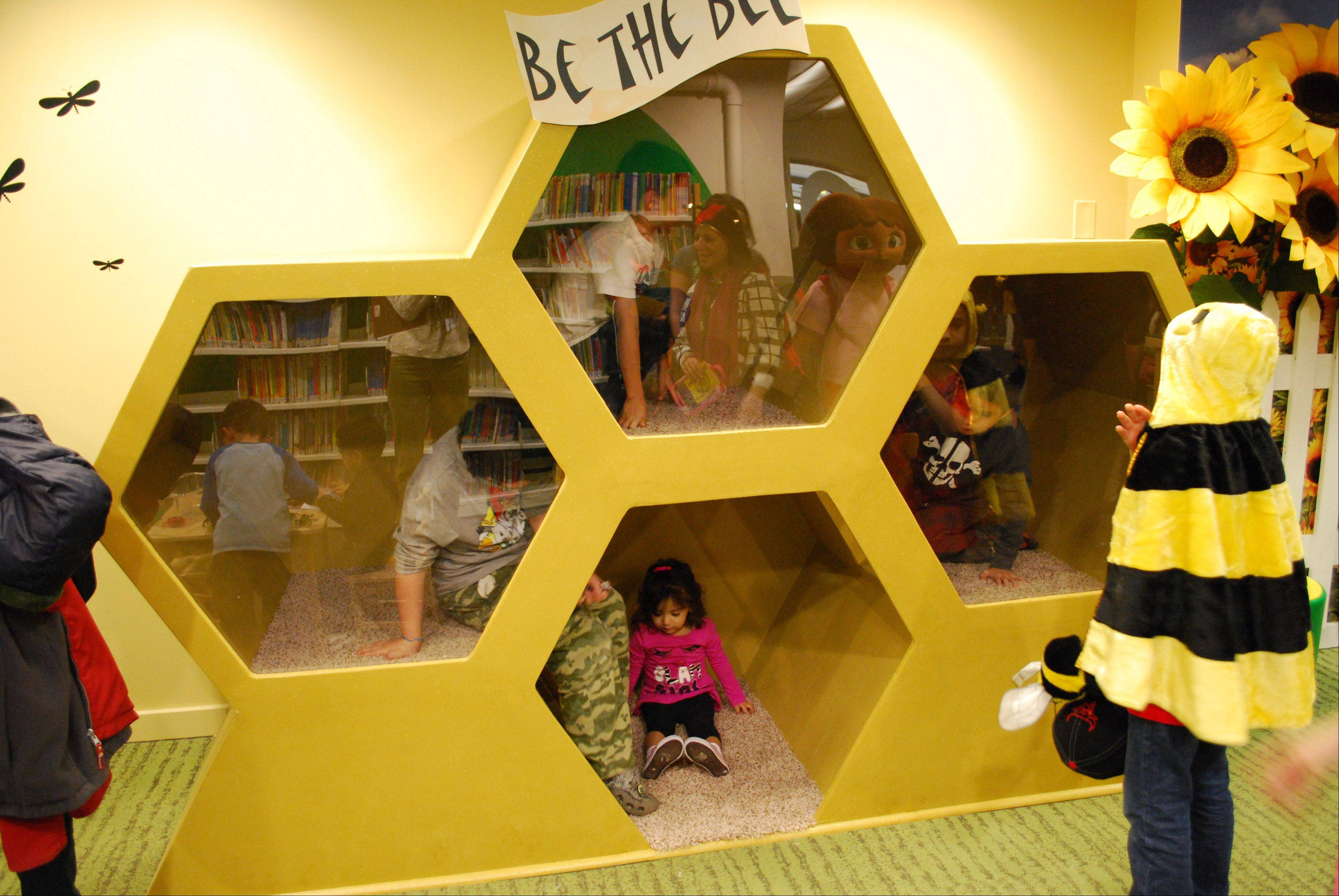 "Children of all ages will have fun on the farm at the Waukegan Public Library�s new Early Learning Center exhibit, ""Oink, Baa, Moo: Farm Fun,"" which will be unveiled at a grand opening reception Sunday, Dec. 9."