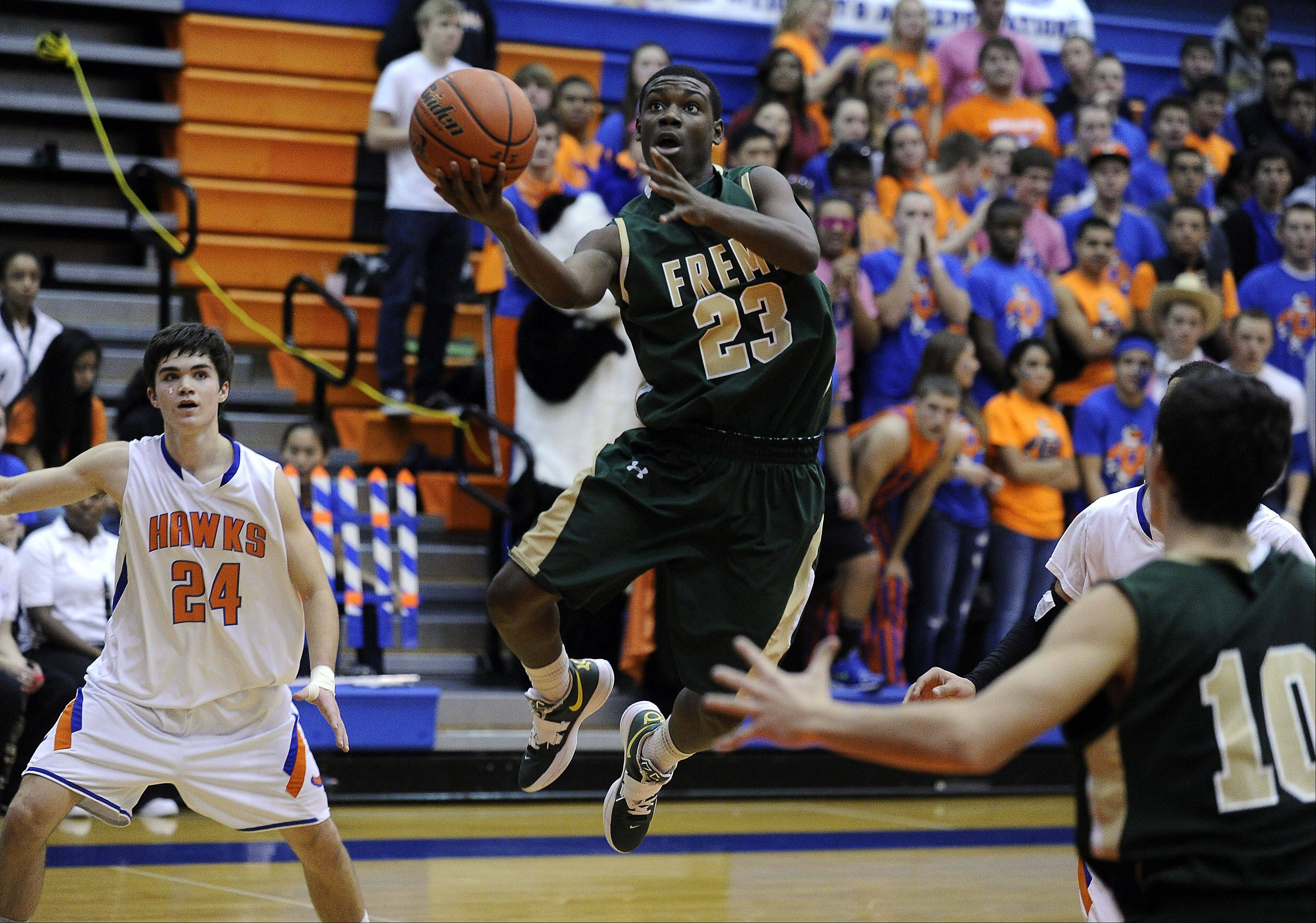 Fremd�s Jalon Roundy glides through Hoffman Estates� defense.