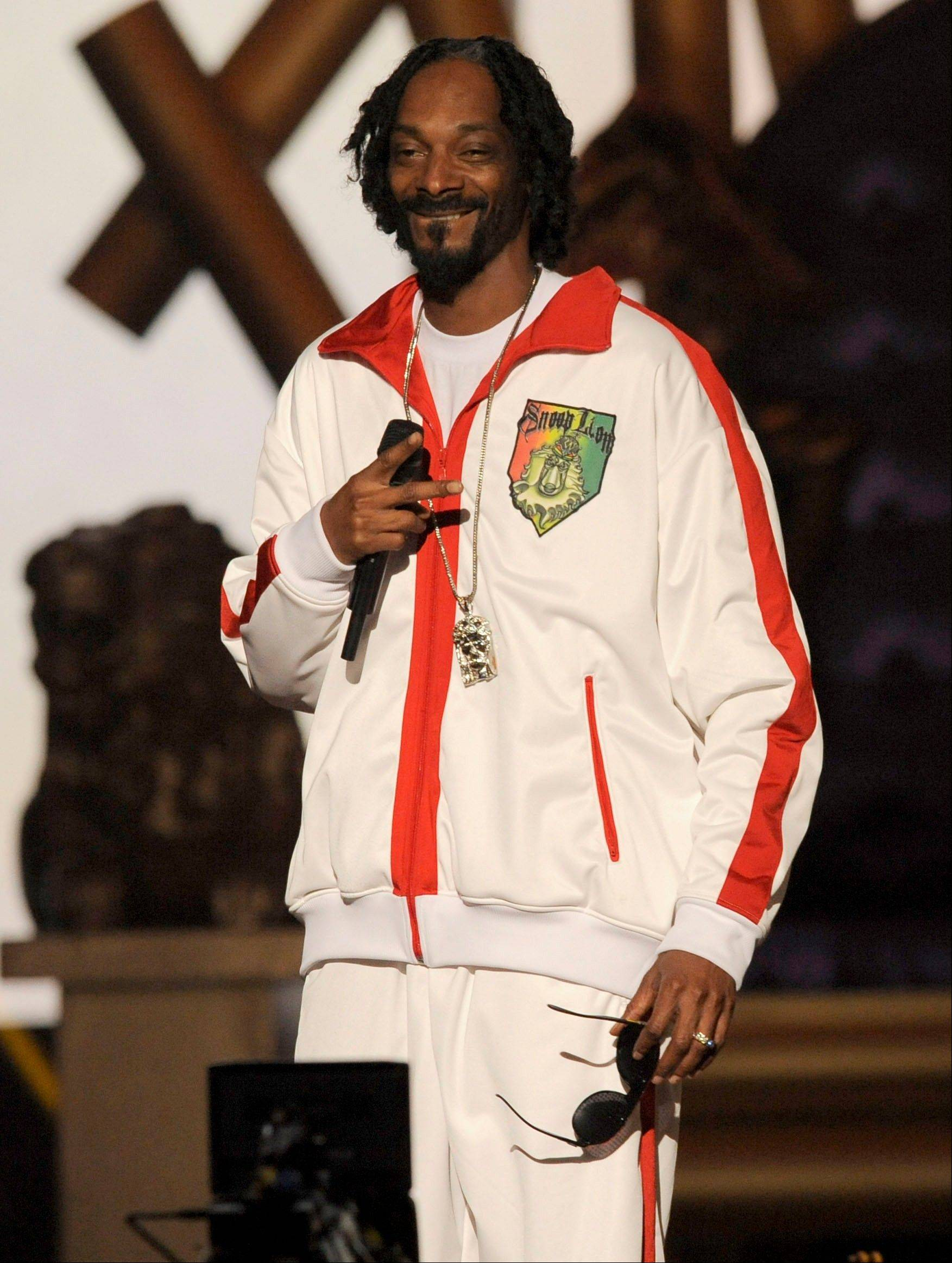 Snoop Lion performs Friday at Spike's 10th Annual Video Game Awards.