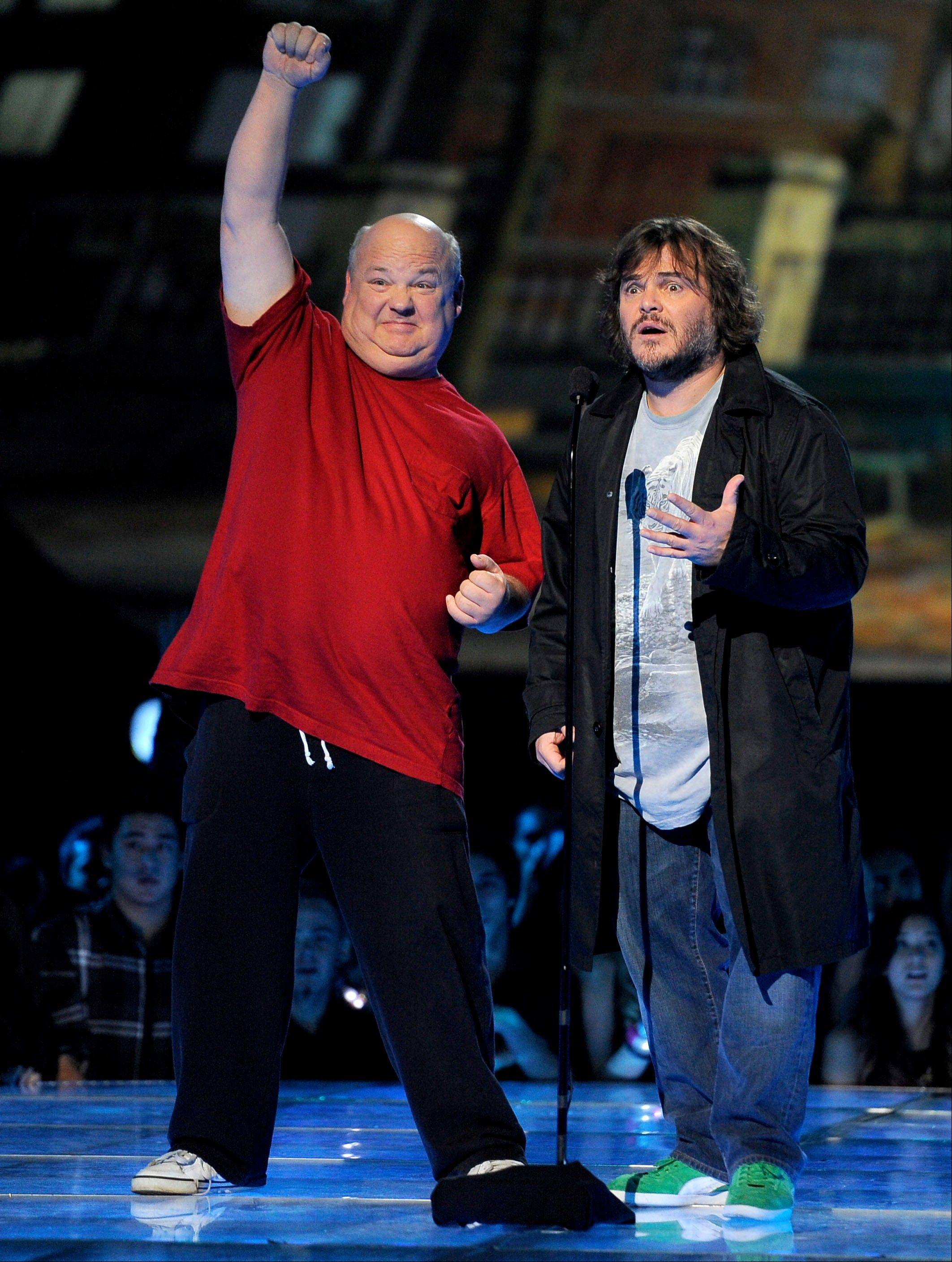 Kyle Gass, left, and Jack Black, of musical duo Tenacious D, present an award Friday at Spike's 10th Annual Video Game Awards.