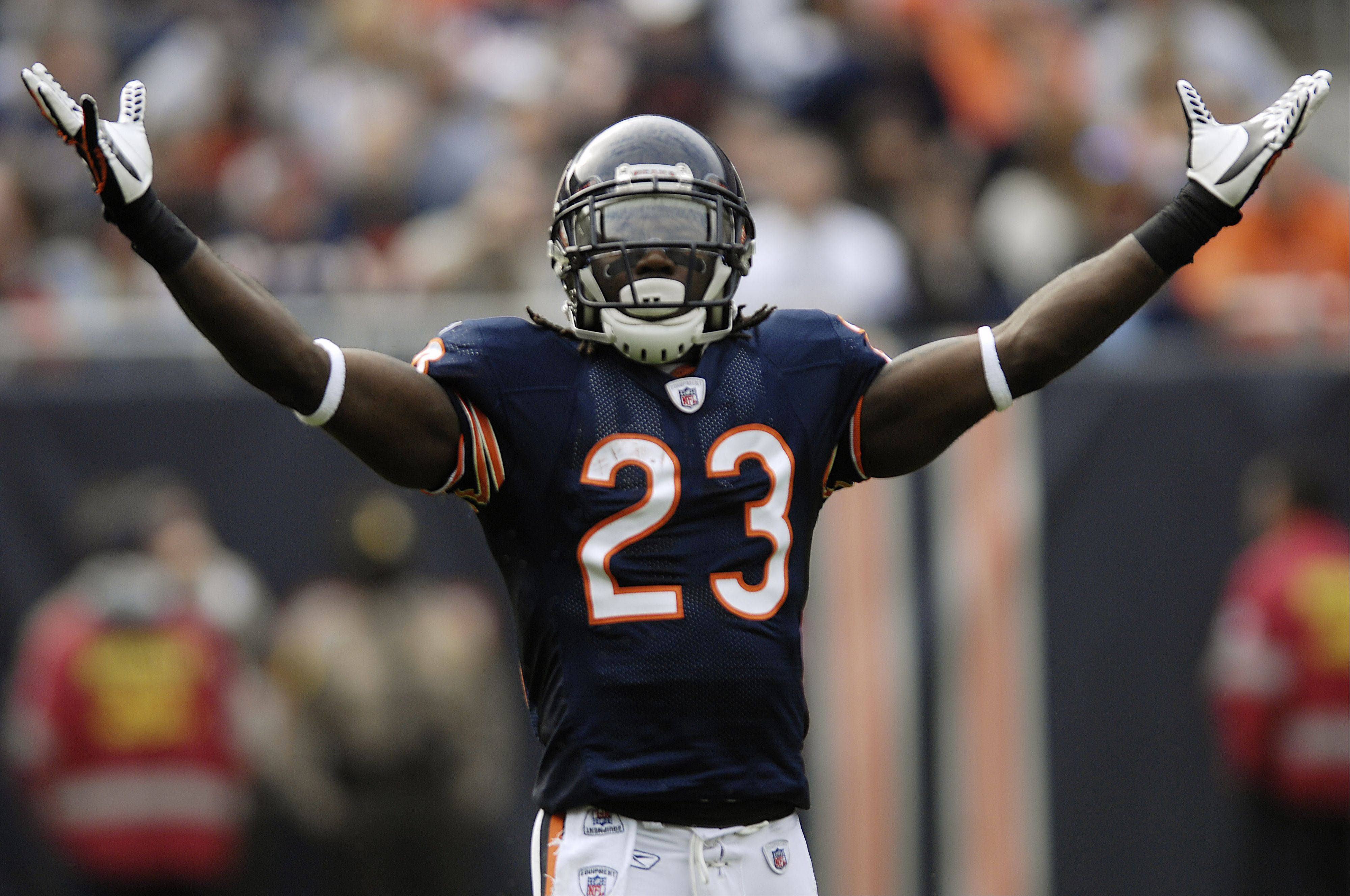 The Bears' Devin Hester is expected to return to action Sunday after being sidelined with a concussion.