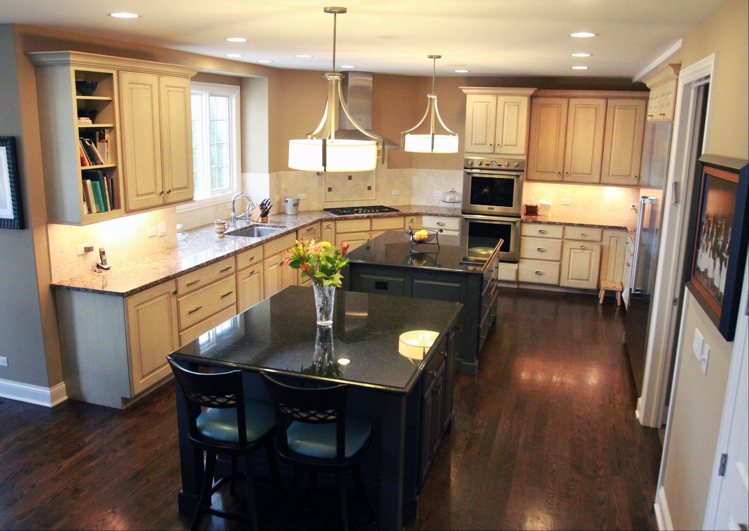 Robbie Fretzin hired architect David Wytmar, partner in Groundwork Ltd. of Buffalo Grove, to build her kosher kitchen, which includes two islands and an abundance of cabinet space that help the family keep meat and dairy separated, as well as other requirements of the family's Jewish faith.