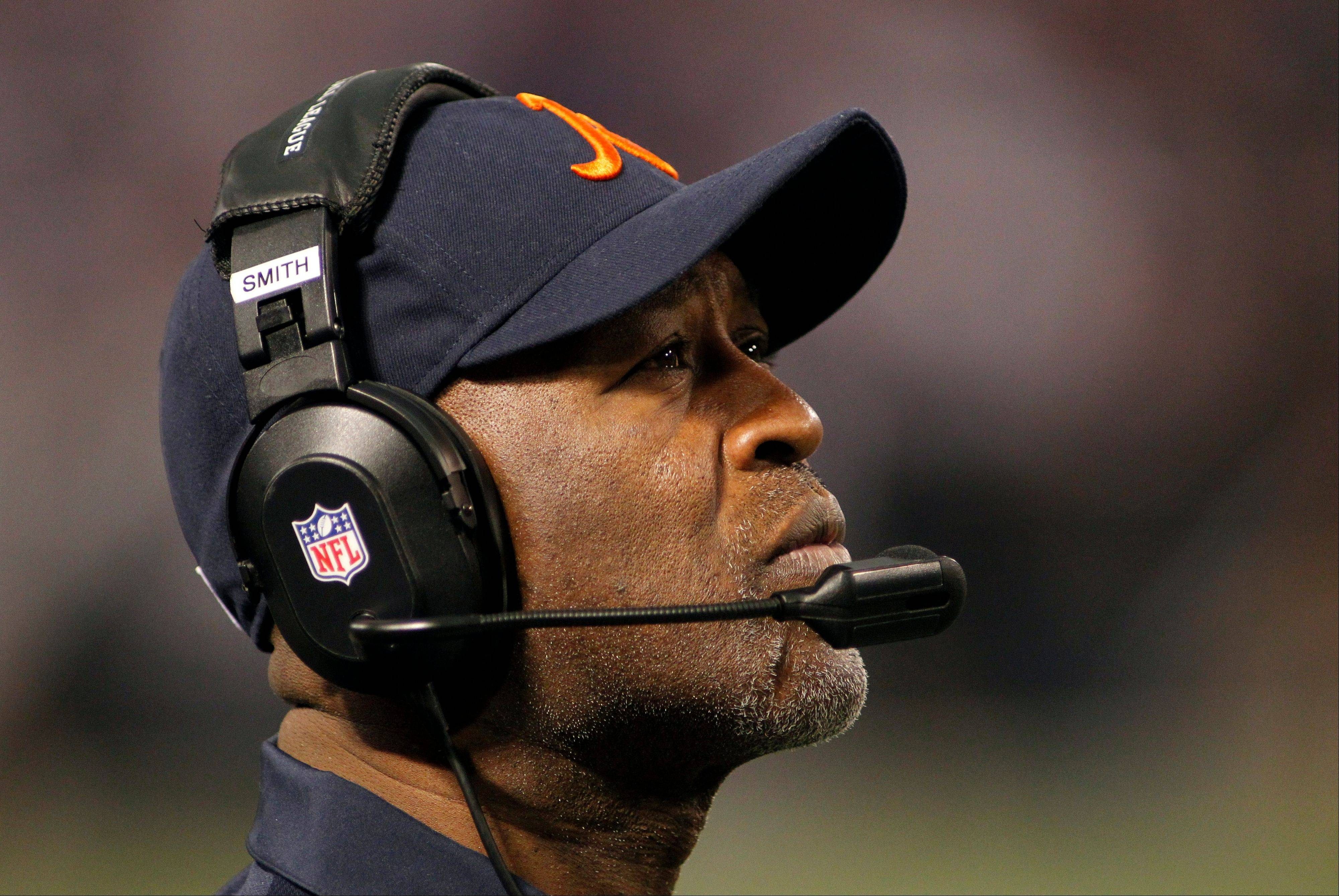 Bears coach Lovie Smith looks on during the second half of Sunday's 21-14 loss to the Minnesota Vikings.