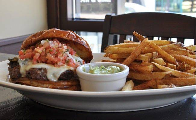 Score a burgers for $2.50 at Wickets when the Bears take on the Packers Sunday.