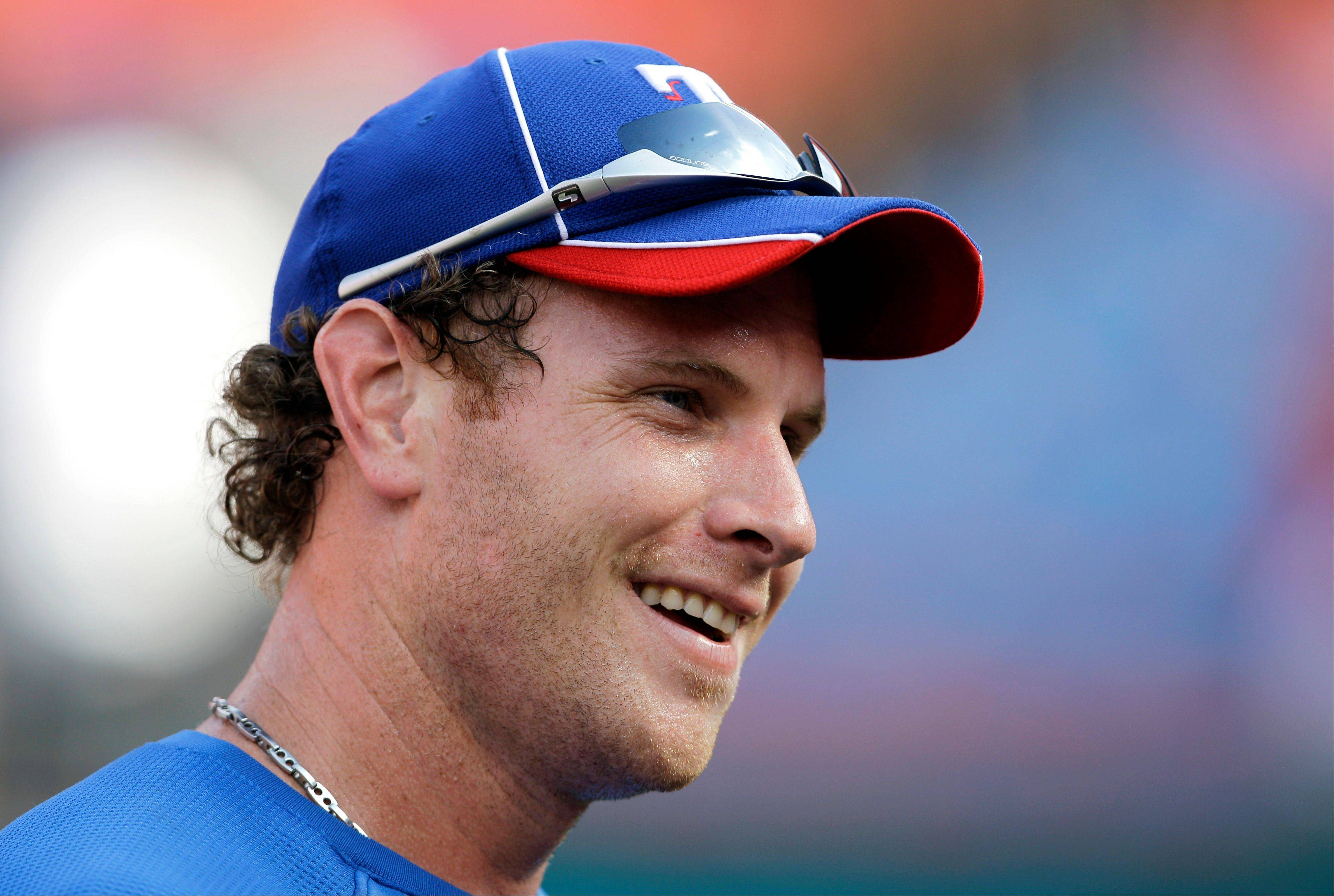 Josh Hamilton, who led the Texas Rangers to two World Series appearances, has agreed to a 5-year contract with the Los Angeles Angels worth $125 million.