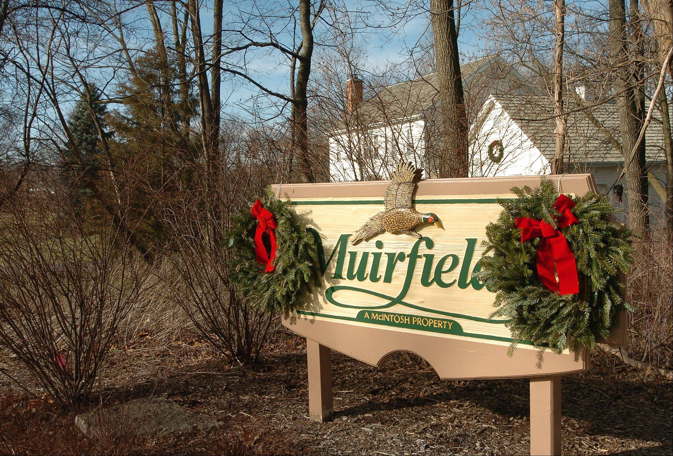 Inverness' Muirfield neighborhood maintains a small-town atmosphere.