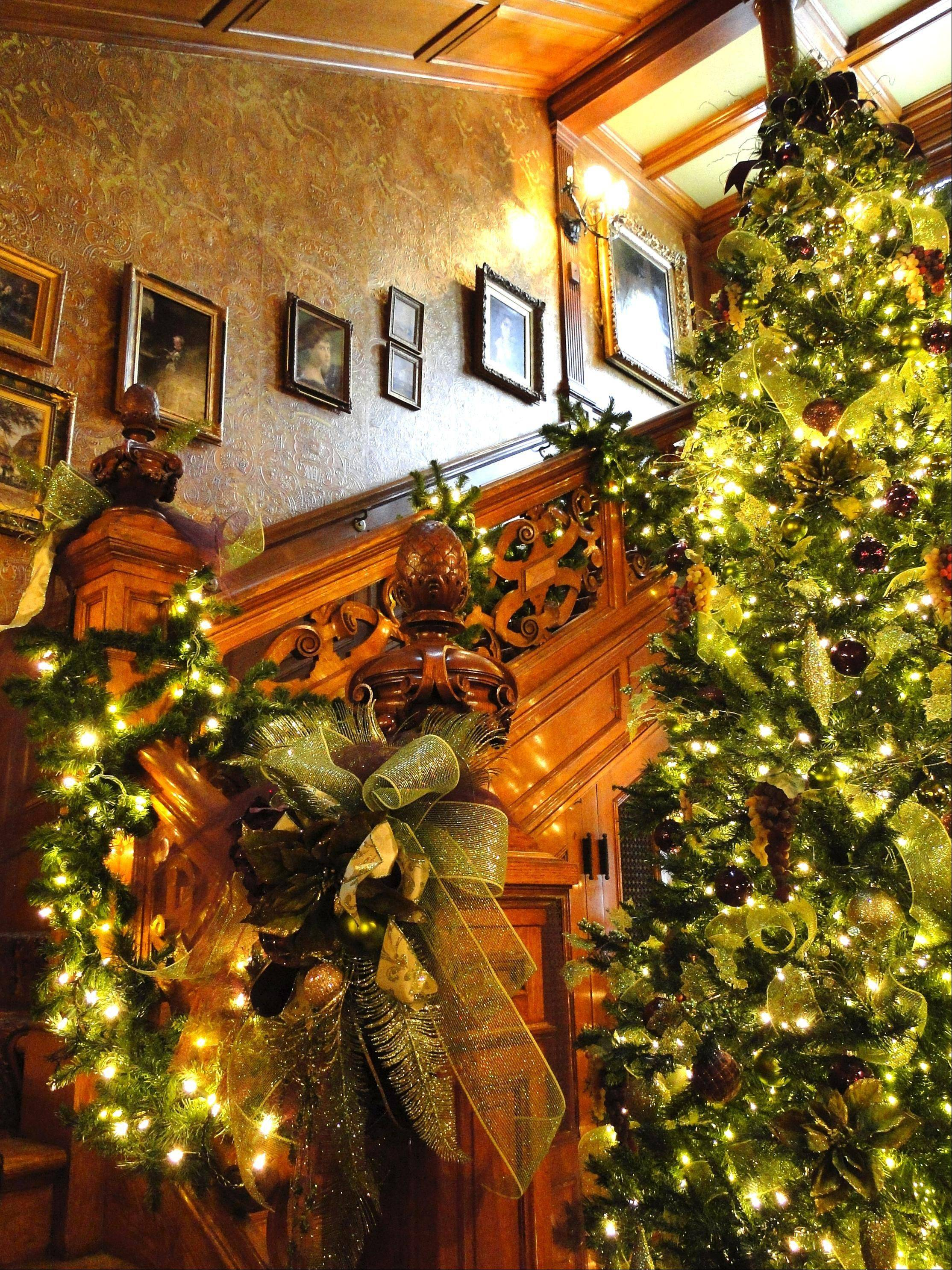 Milwaukee's Pabst Mansion is decked out for the holidays and offers tours and Dickens Dinners.