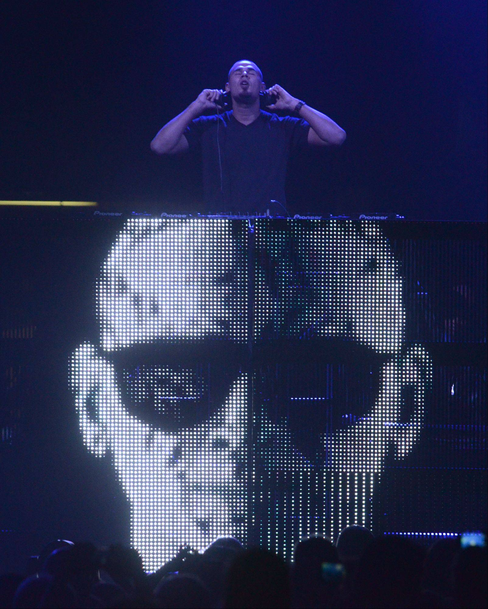 Afrojack performs during the Jingle Bash concert at the Allstate Arena in Rosemont on Saturday, December 15th, 2012.