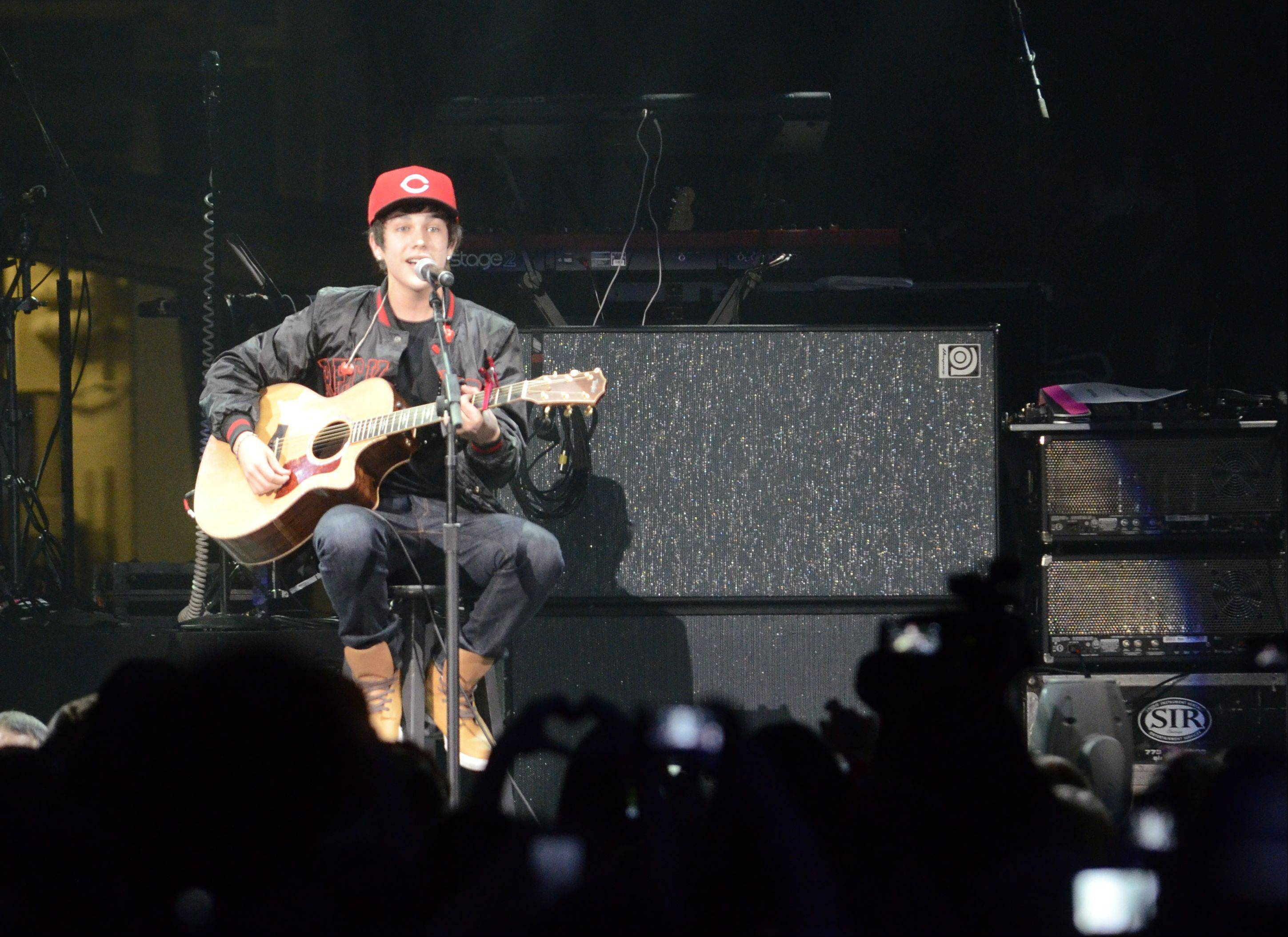 Austin Mahone performs during the Jingle Bash concert at the Allstate Arena in Rosemont on Saturday, December 15th, 2012.
