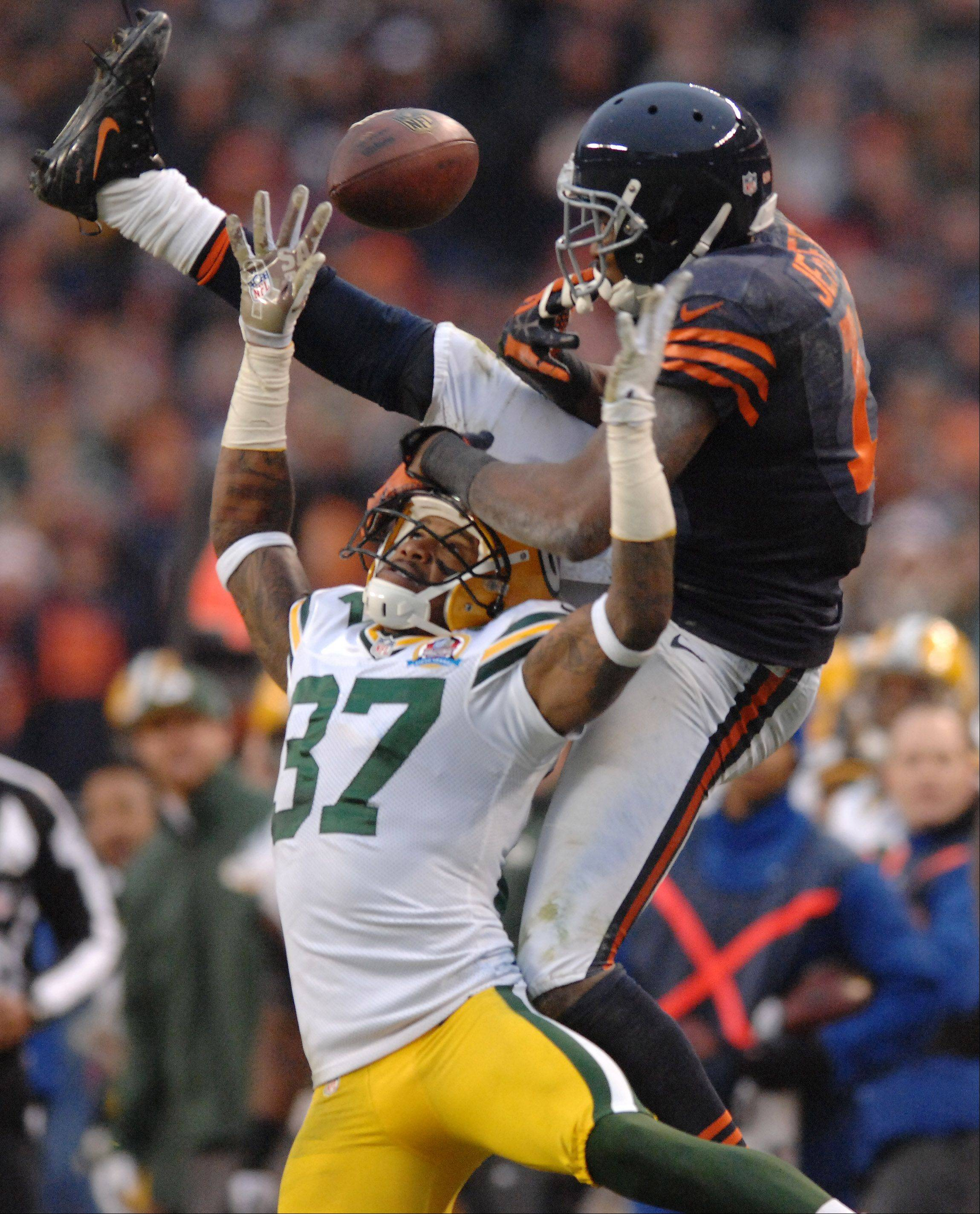 Chicago Bears wide receiver Alshon Jeffery (17) can't come up with a catch as he's defended by Green Bay Packers cornerback Sam Shields (37) during Sunday's game at Soldier Field in Chicago.