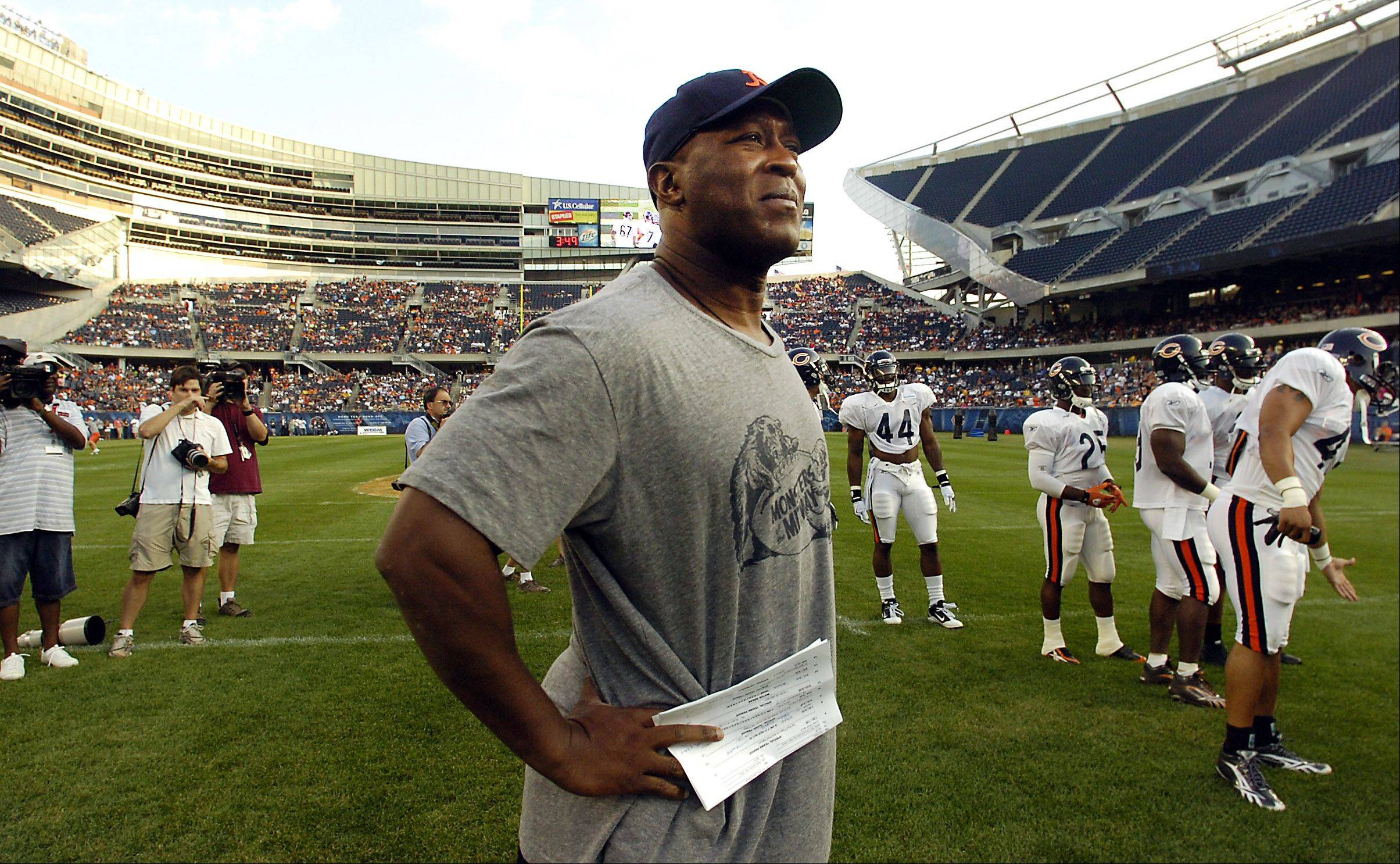 Lovie Smith has had plenty of things go his way in his nine seasons as Bears head coach. A victory Sunday over the red-hot Packers would help his cause if he wants to stick around for a 10th season in Chicago.