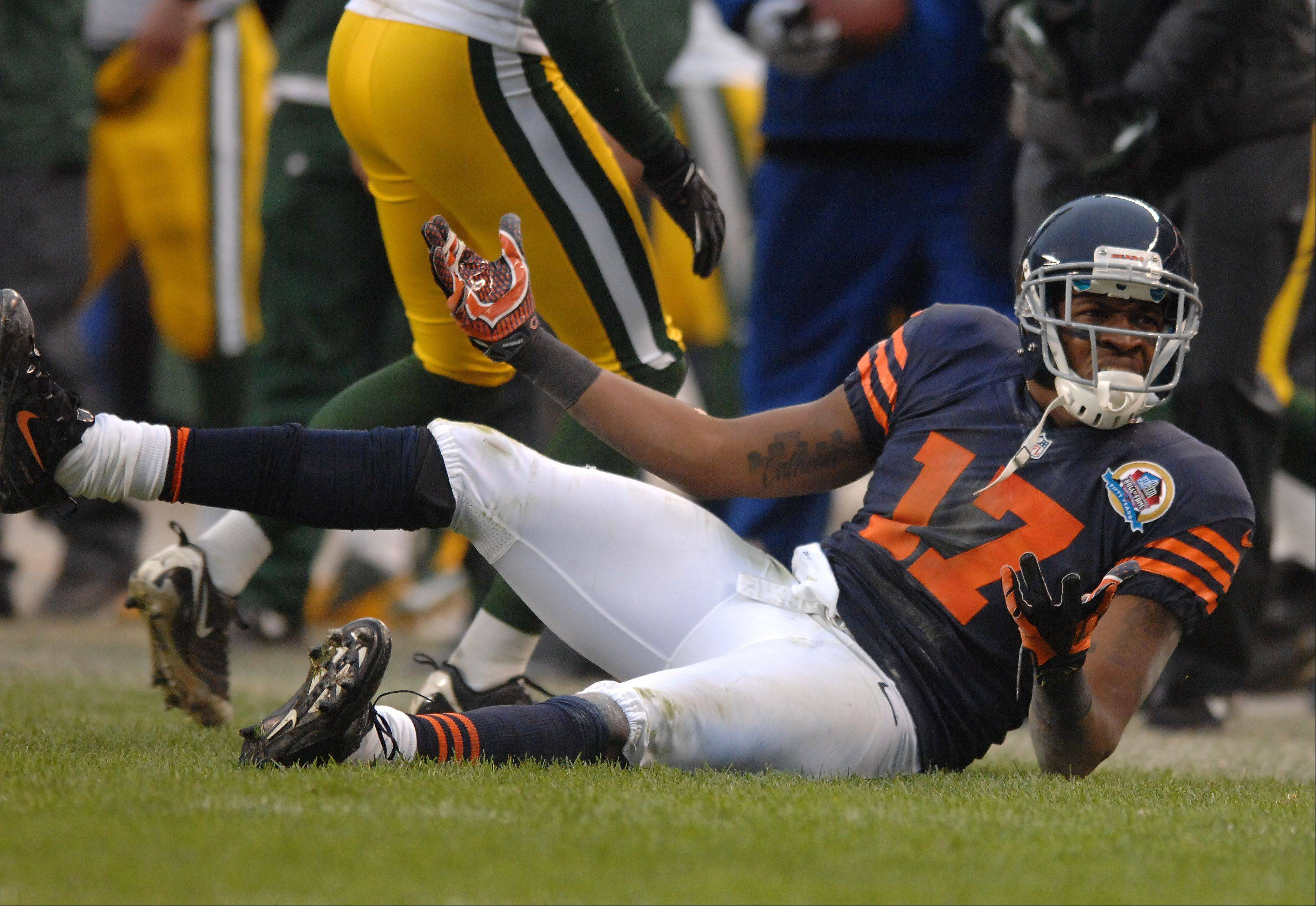Alshon Jeffery (17) reacts to a call against him during Sunday's game at Soldier Field in Chicago.