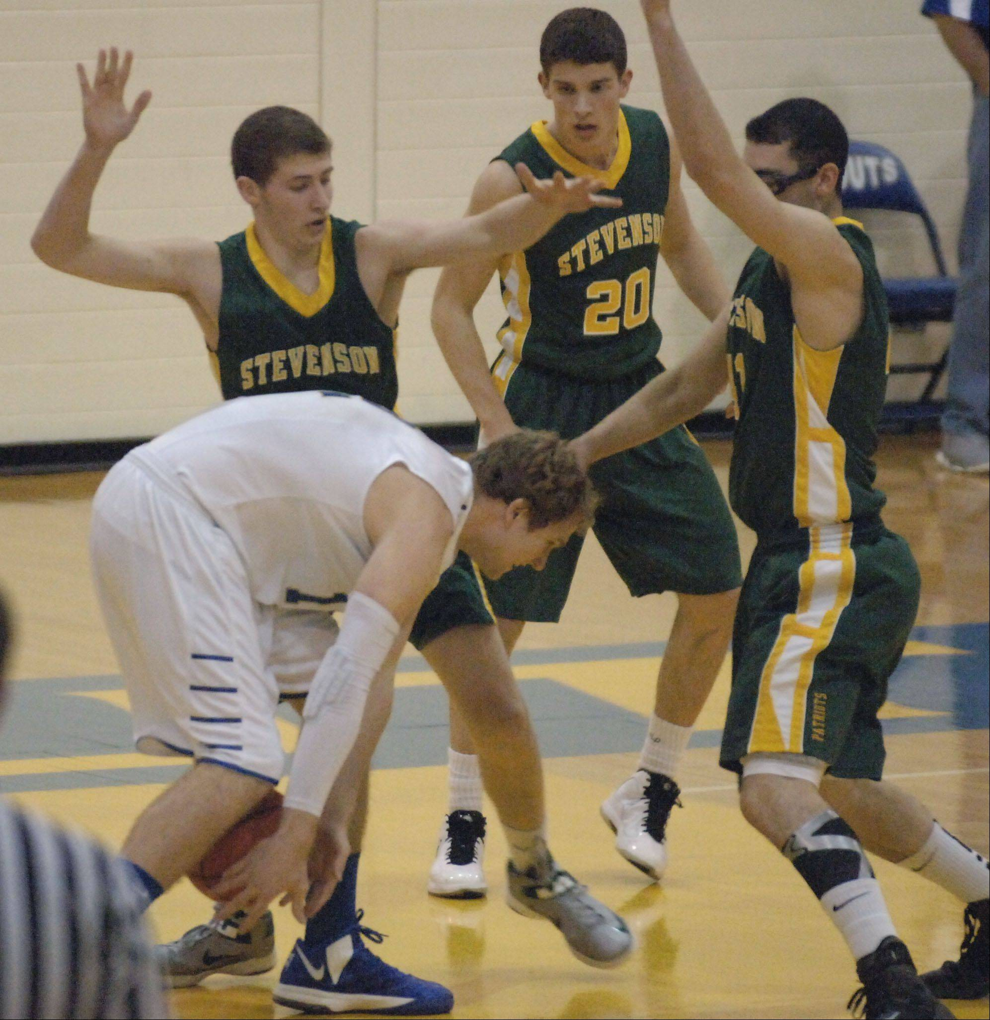 Brunson, Stevenson power past Lake Forest