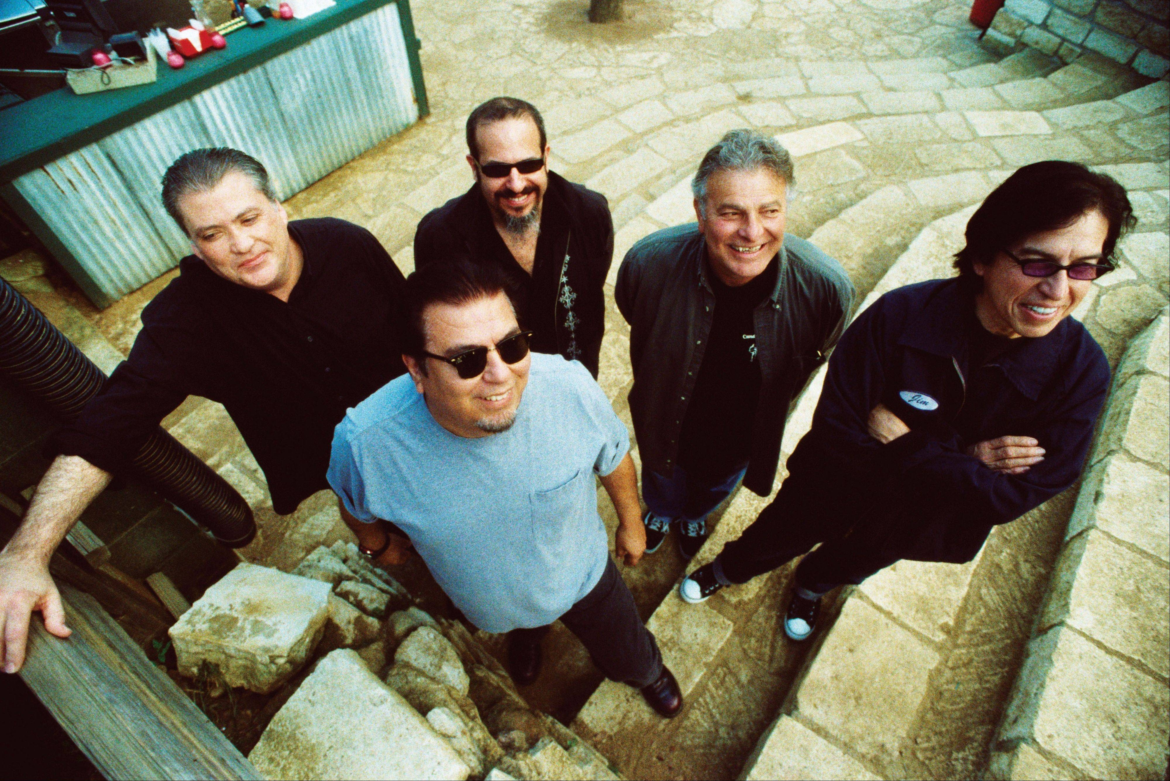 40 years ago, Los Lobos had the boldness, and some might even say the naiveté, to fuse punk rock with Mexican folk tunes.
