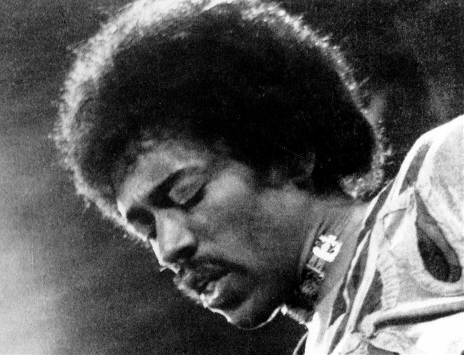 A new study finds that an early death is twice as likely for solo musicians like Jimi Hendrix than for members of bands.
