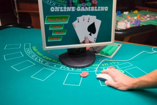 The nationwide telephone poll found 51 percent in favor of sports betting and 27 percent backing Internet gambling.